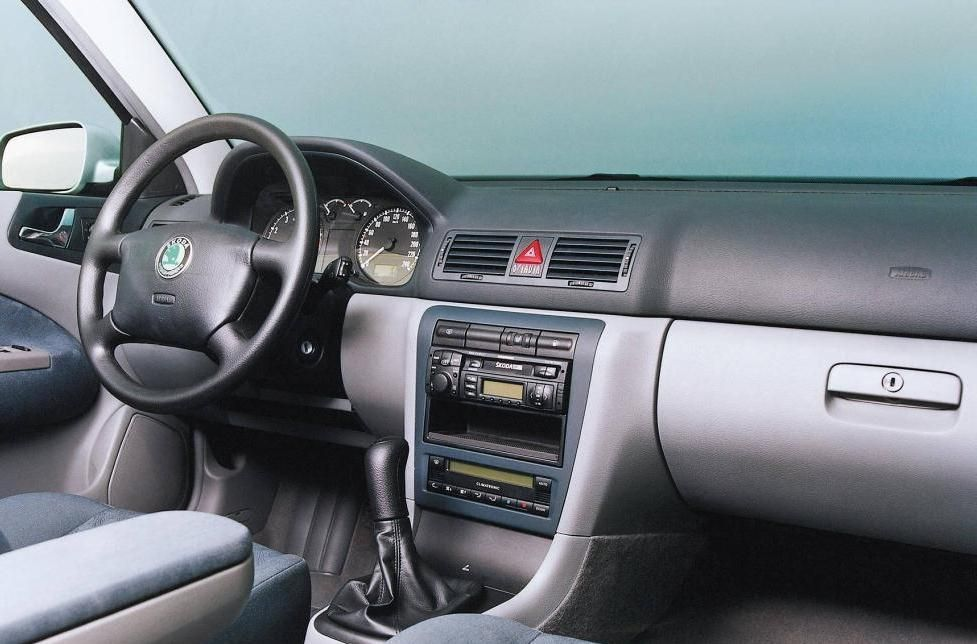 skoda-octavia-first-generation-interior