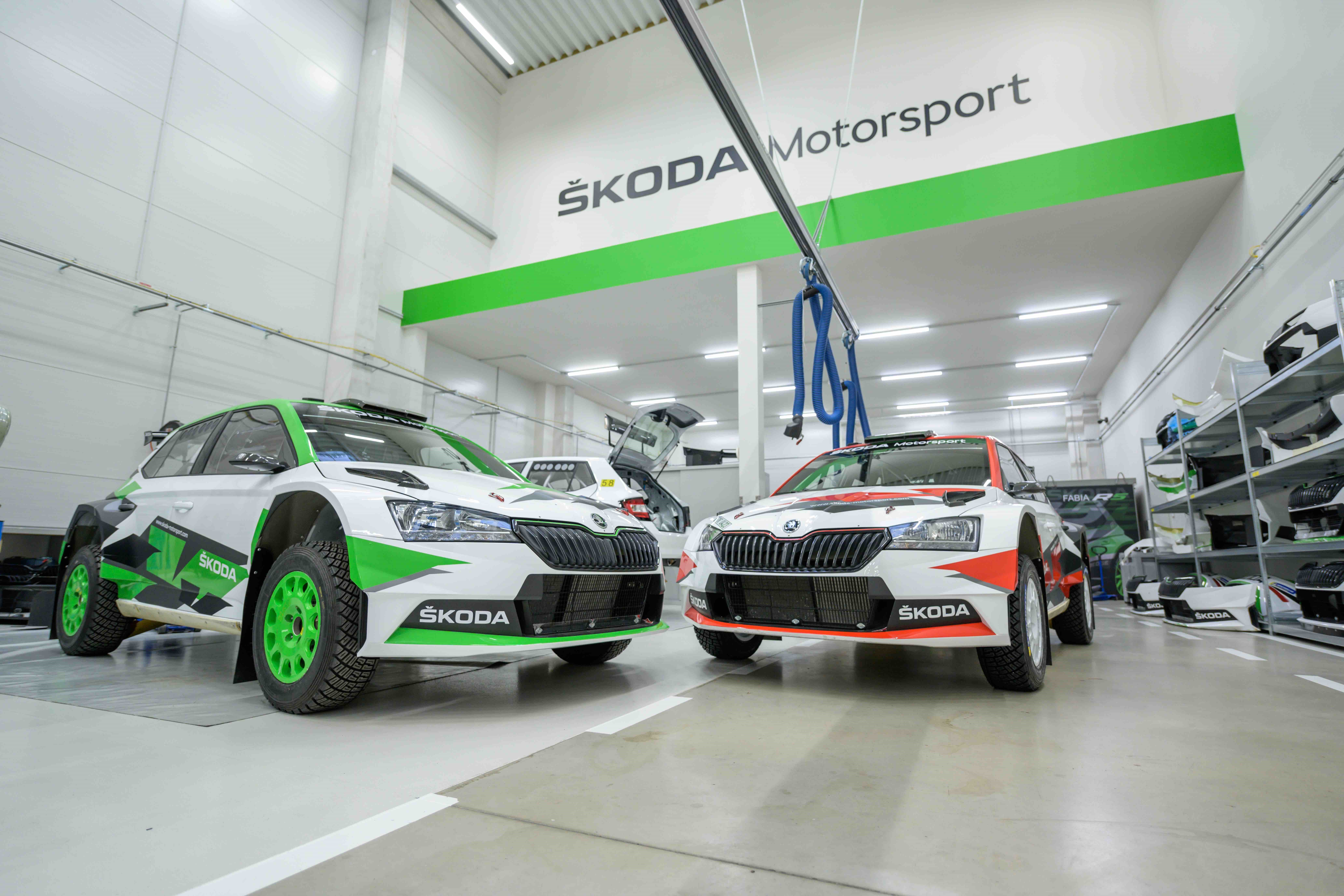 """SKODA features own """"Ice Race of Champions"""" at Austrian winter-sport resort in Zell am See-Kaprun - Image 1"""