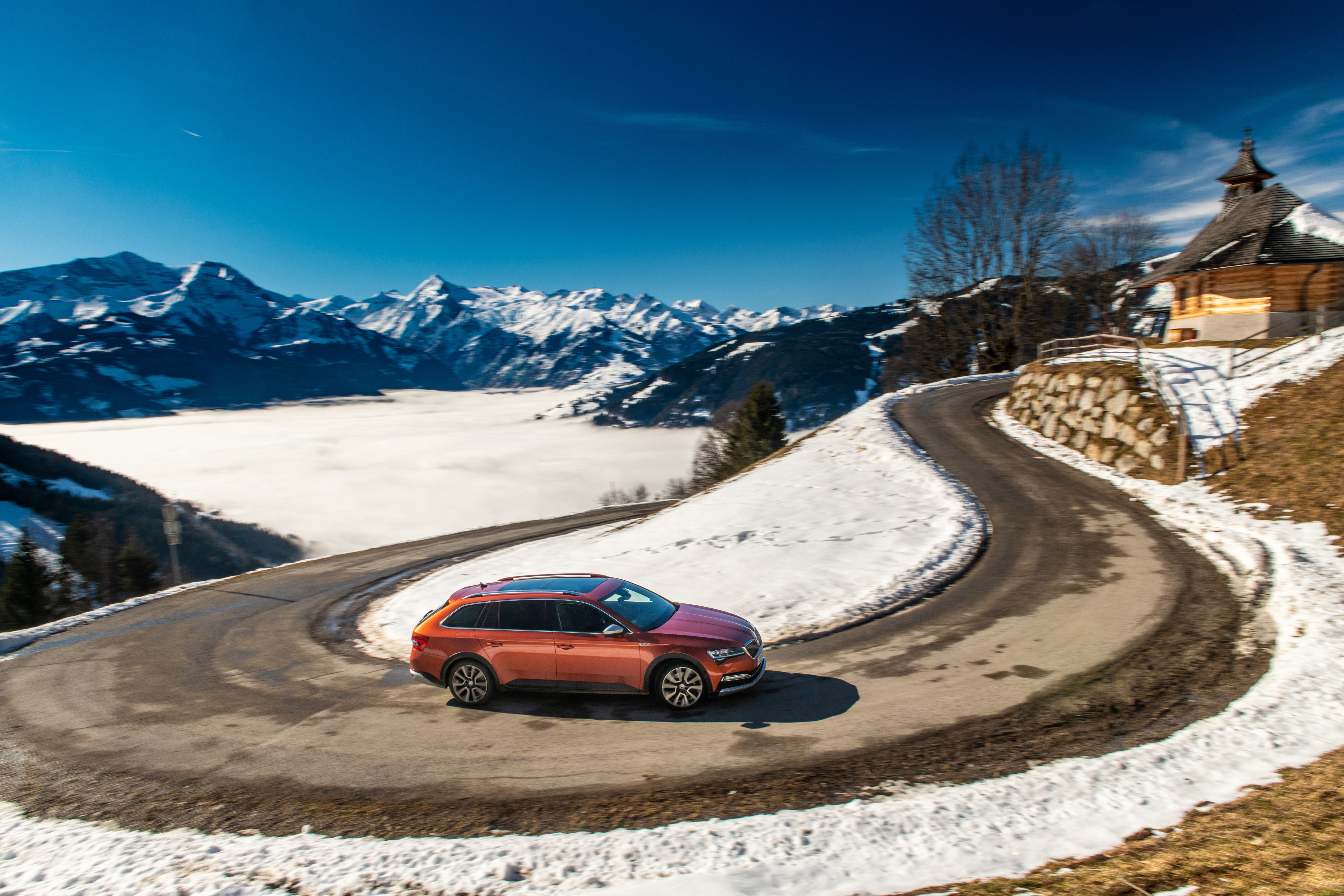 SKODA SUPERB SCOUT: a multifunctional lifestyle estate for any terrain - Image 1