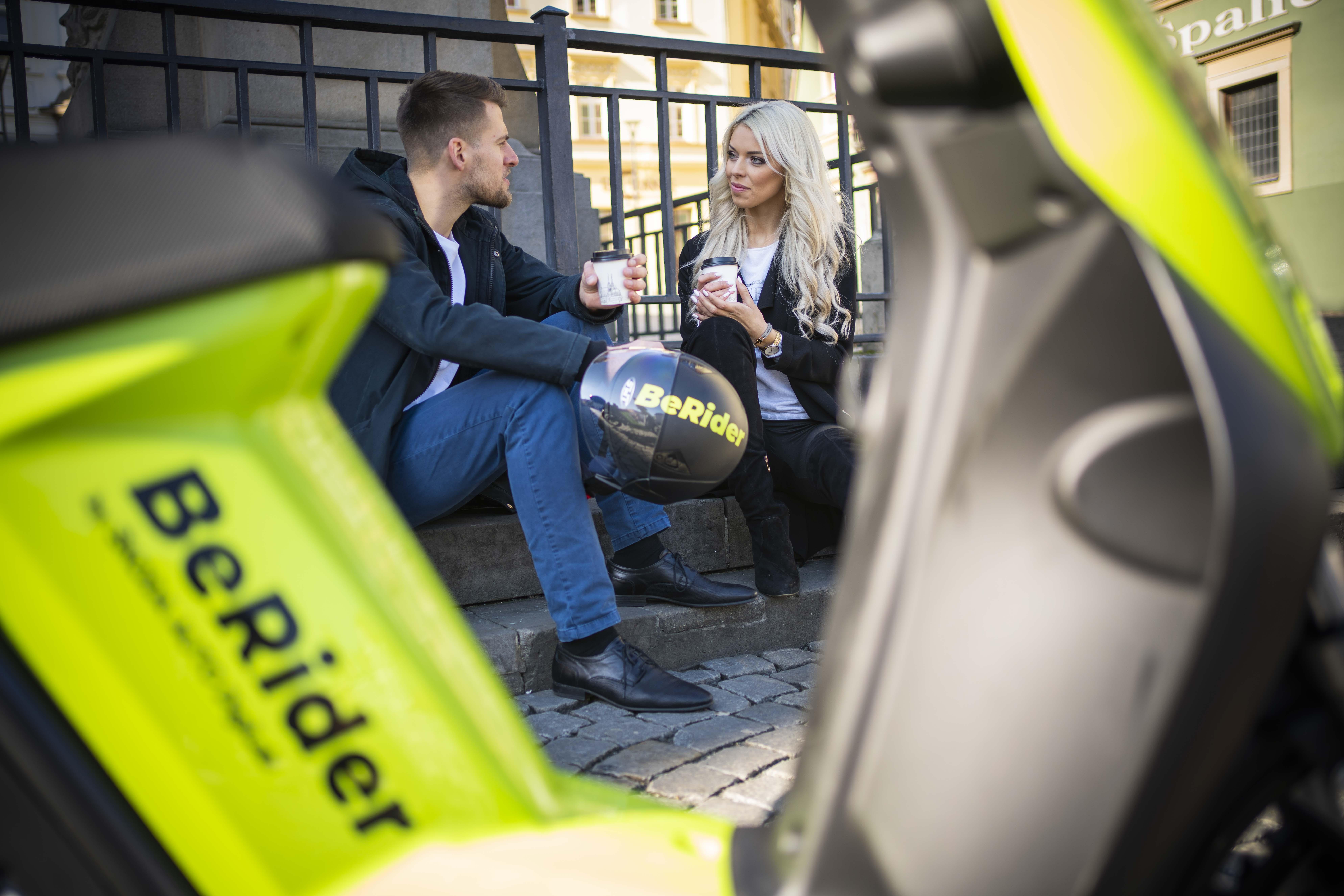 SKODA AUTO DigiLab brings BeRider e-scooter sharing to Brno - Image 1