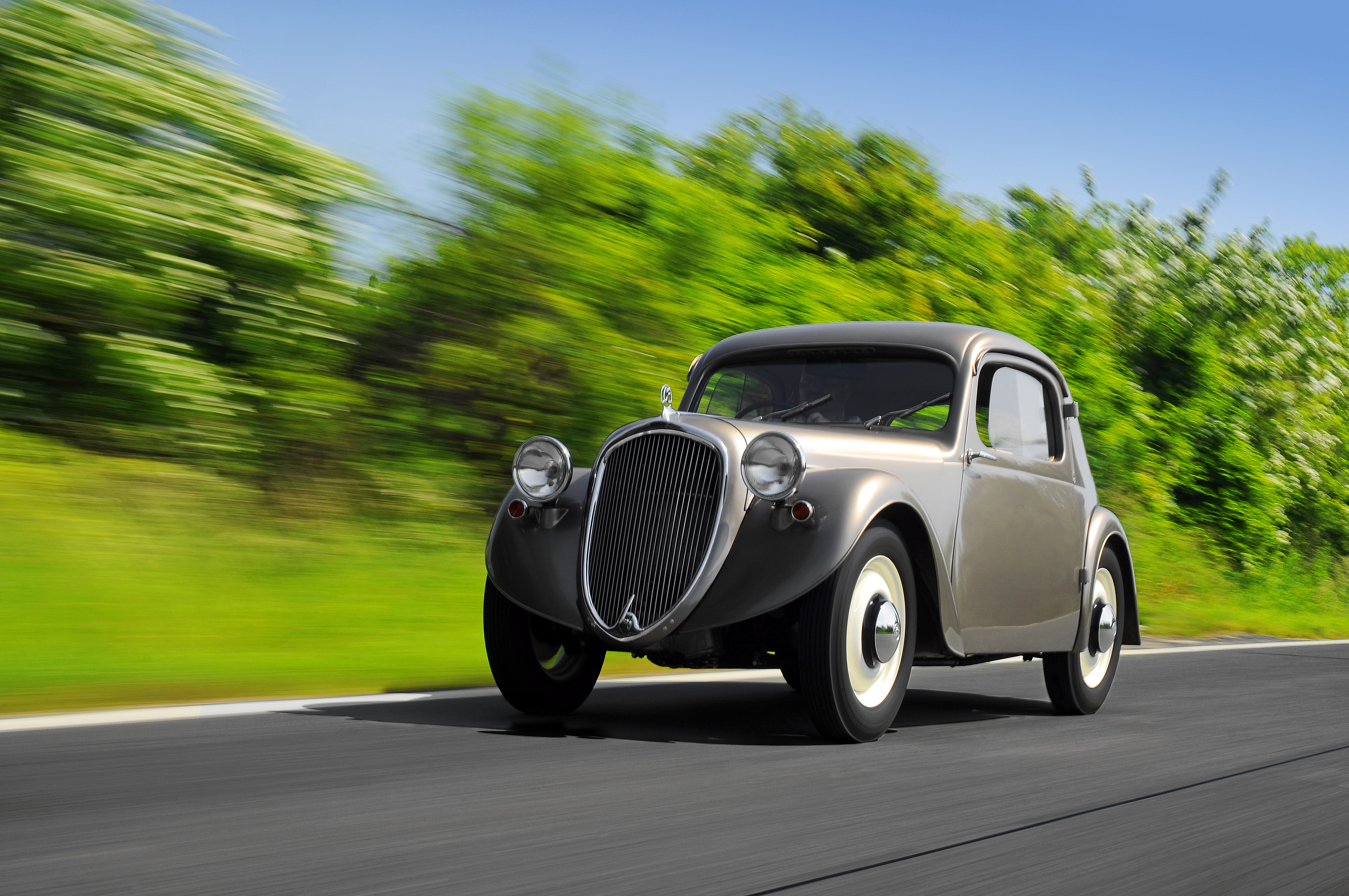 Lesser-known models from SKODA AUTO's 125-year history: The SKODA SAGITTA - Image 4