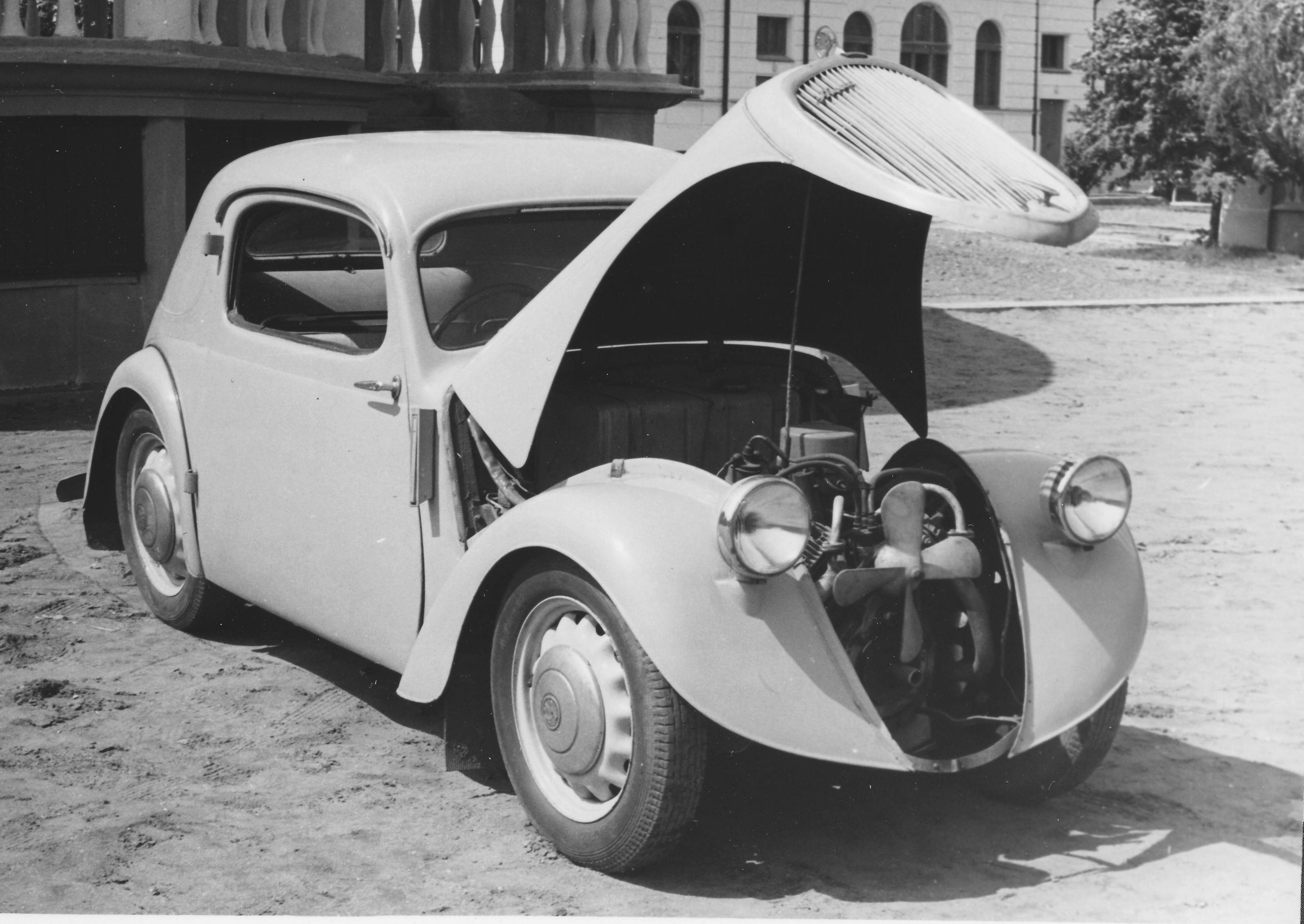 Lesser-known models from SKODA AUTO's 125-year history: The SKODA SAGITTA - Image 3