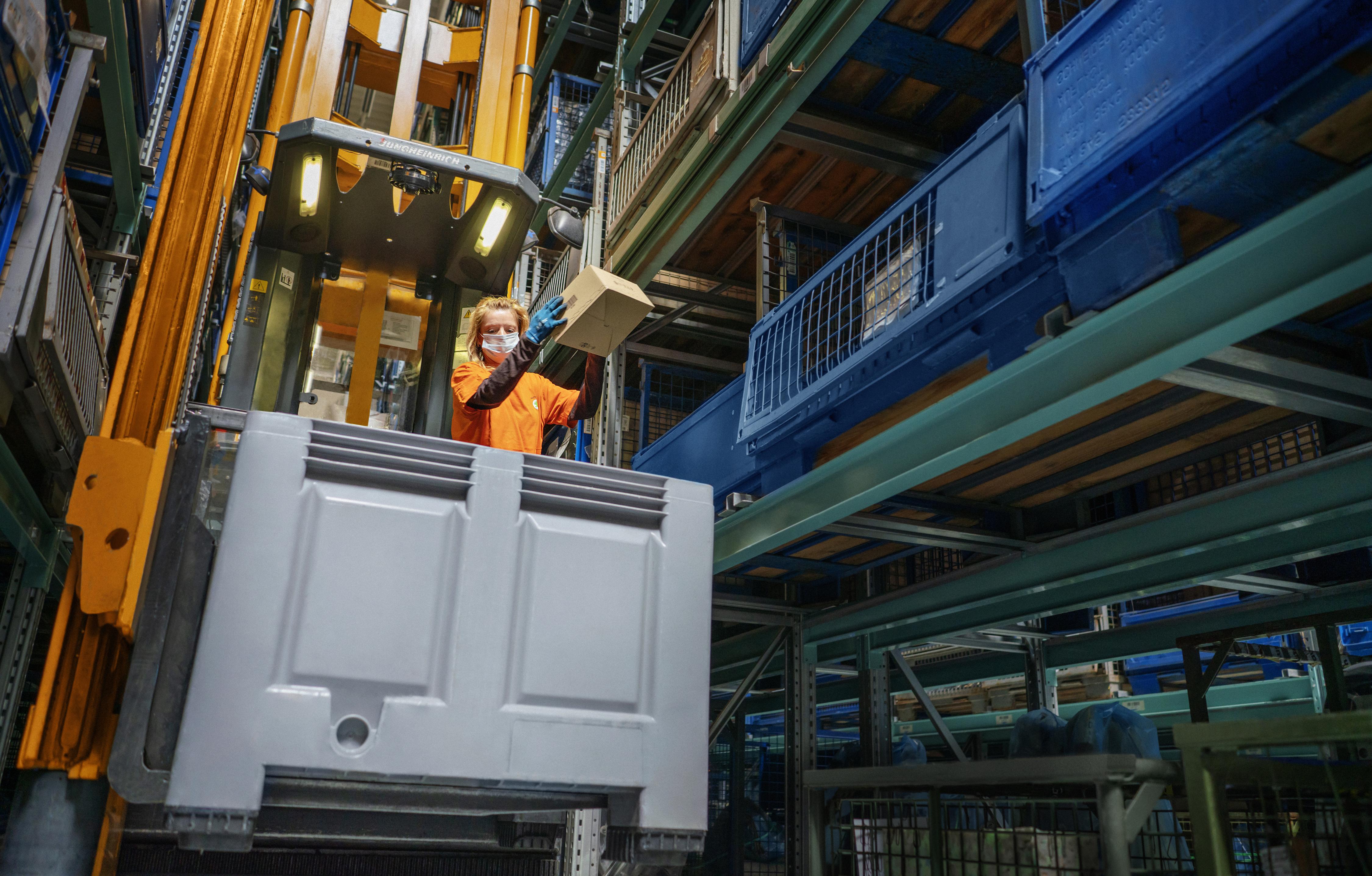 SKODA guarantees reliable supply of genuine parts worldwide despite coronavirus restrictions - Image 1