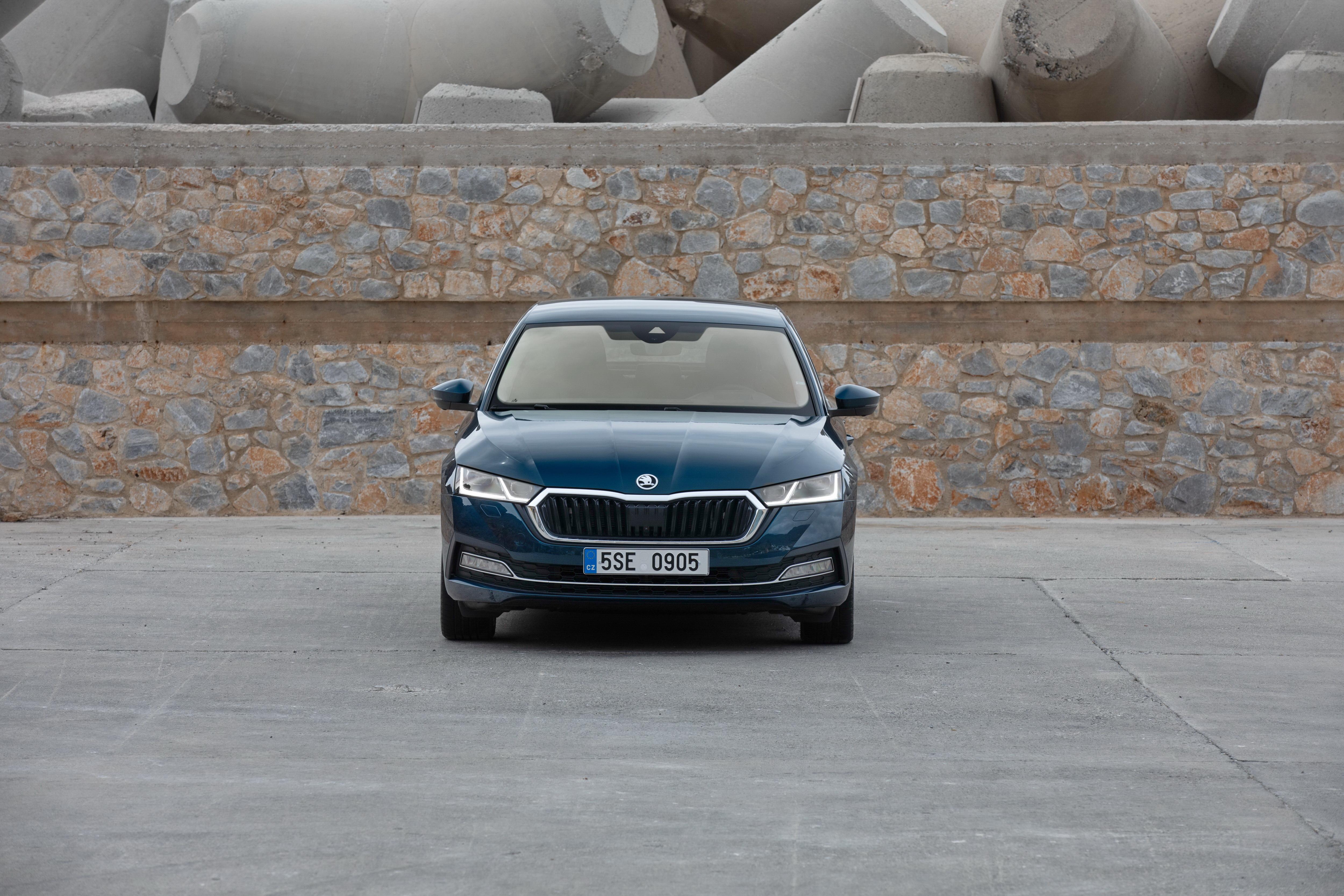 The all-new SKODA OCTAVIA: spacious, practical and elegant like a coupé - Image 1