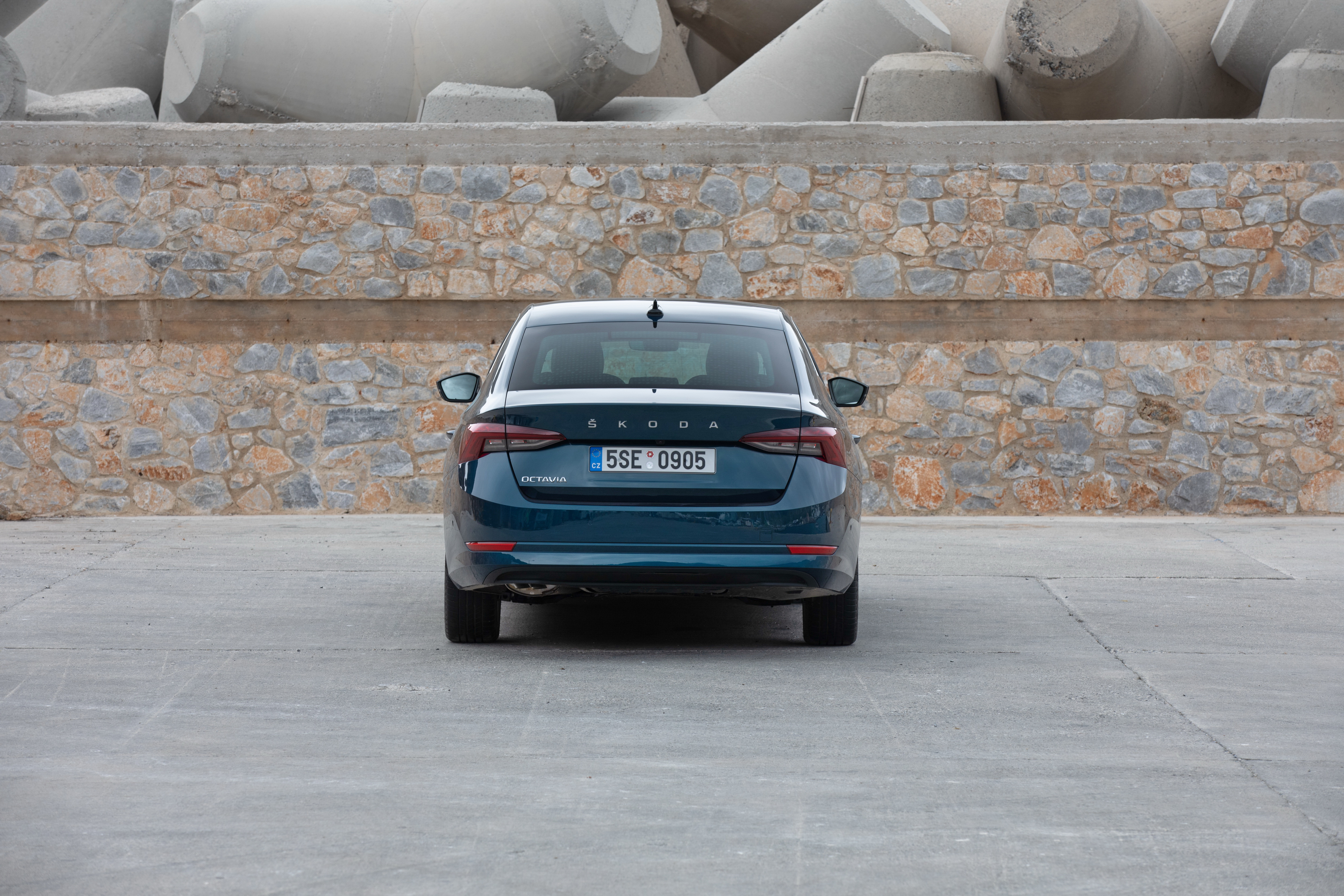 The all-new SKODA OCTAVIA: spacious, practical and elegant like a coupé - Image 5