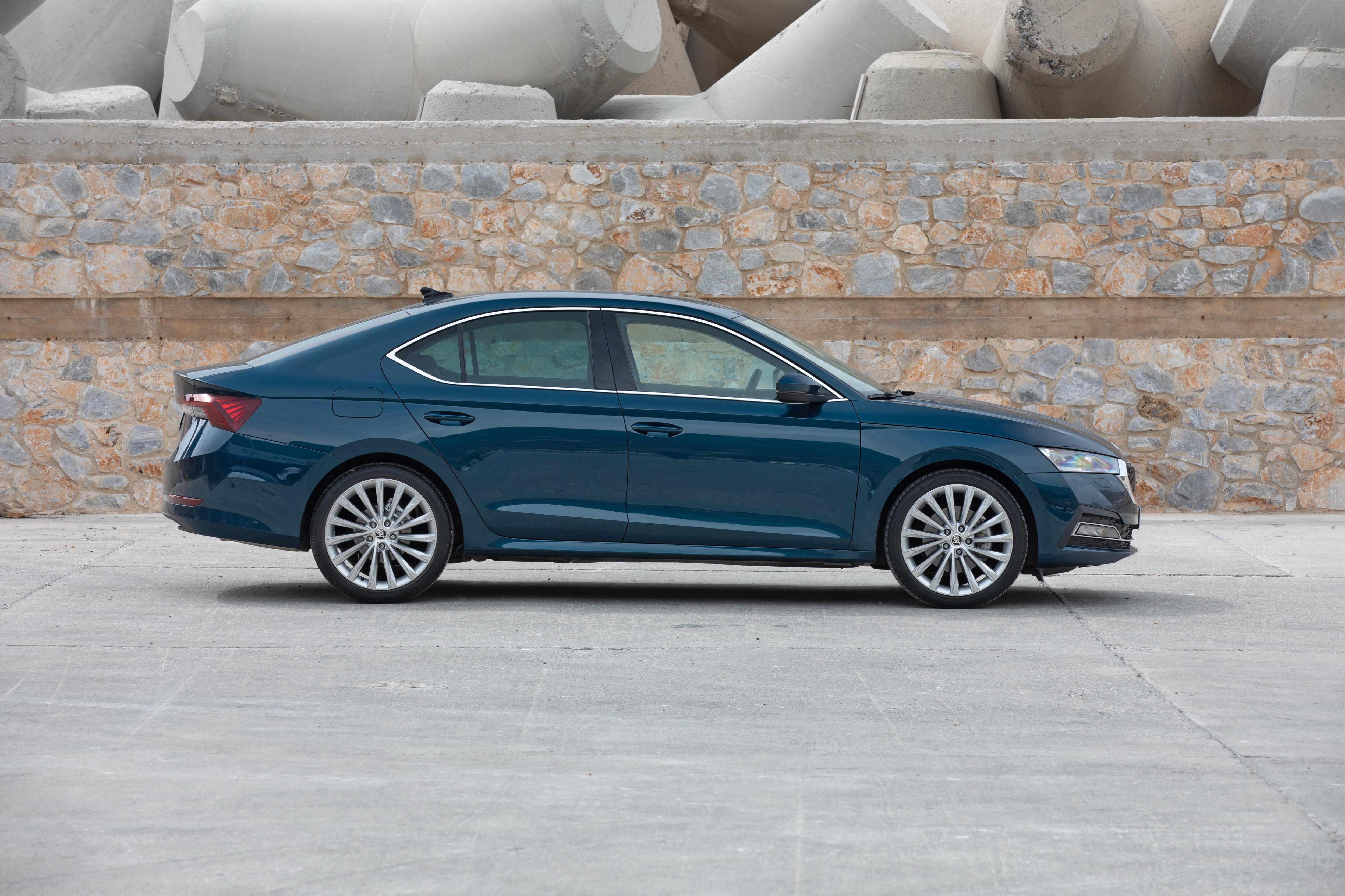 The all-new SKODA OCTAVIA: spacious, practical and elegant like a coupé - Image 7