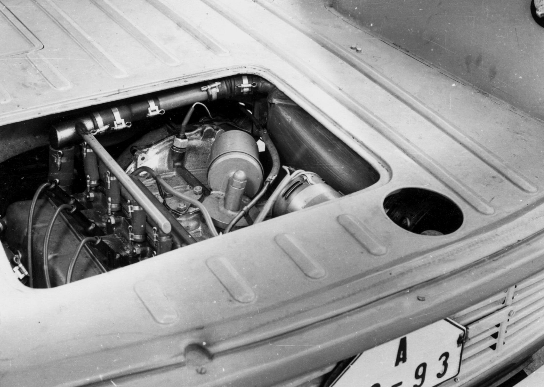 Lesser-known models from SKODA AUTO's 125-year history: SKODA Type 990 'Hajaja' - Image 3