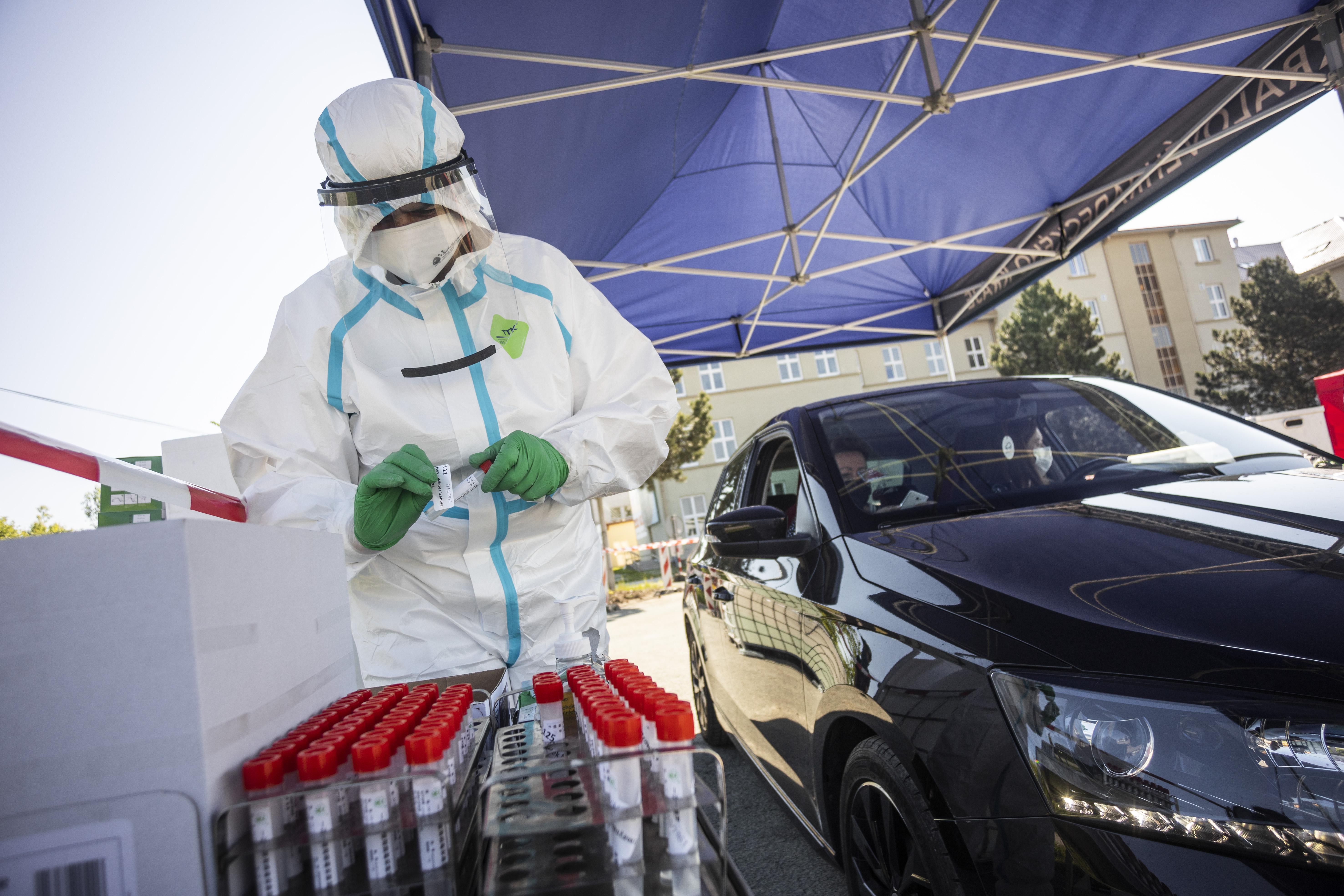 SKODA AUTO offers its workforce free rapid coronavirus antibody tests - Image 2