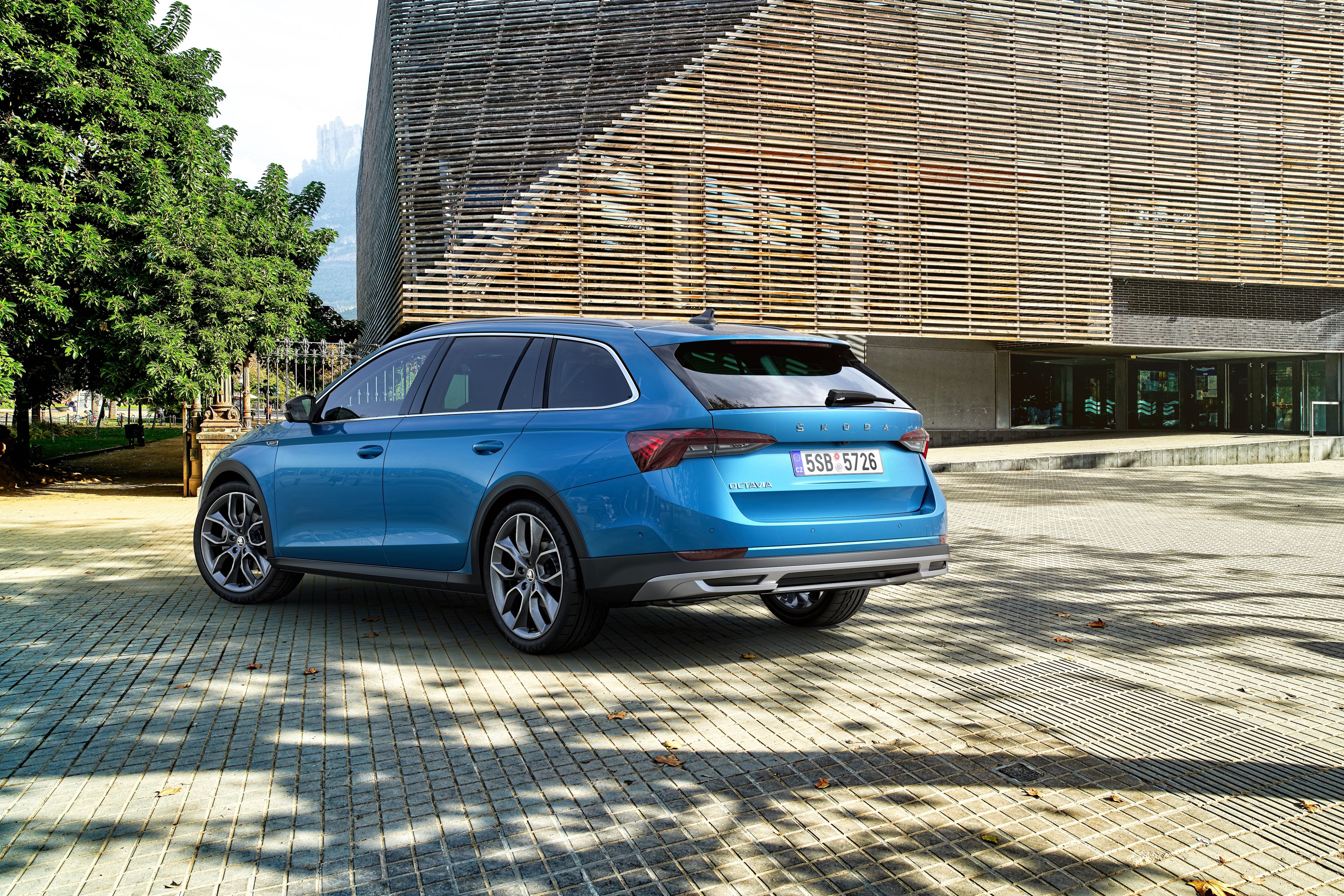 Lifestyle estate in its 3rd generation: The new SKODA OCTAVIA SCOUT - Image 4