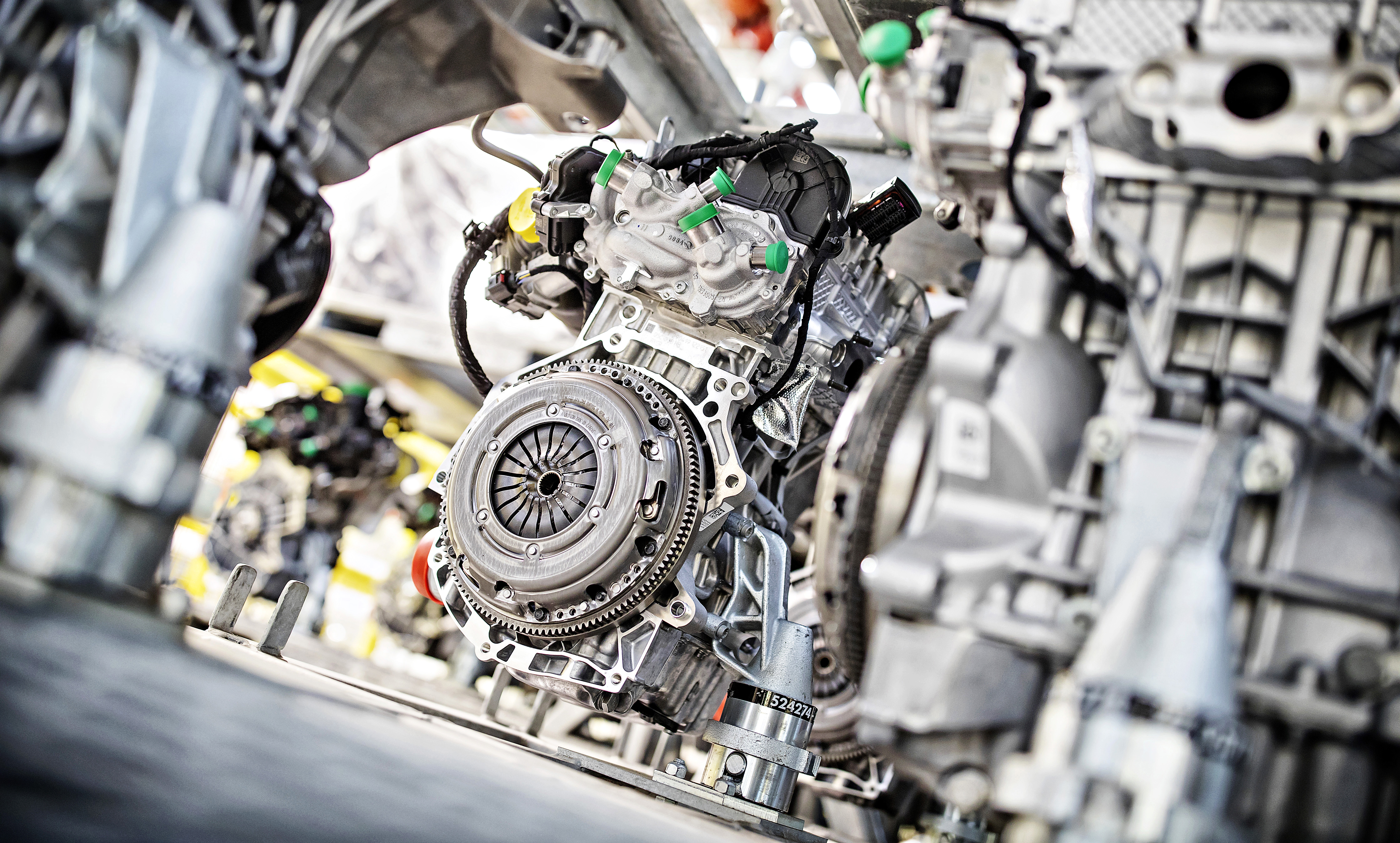 Production milestone reached in Mladá Boleslav: SKODA AUTO manufactures 3 millionth EA211 engine - Image 1