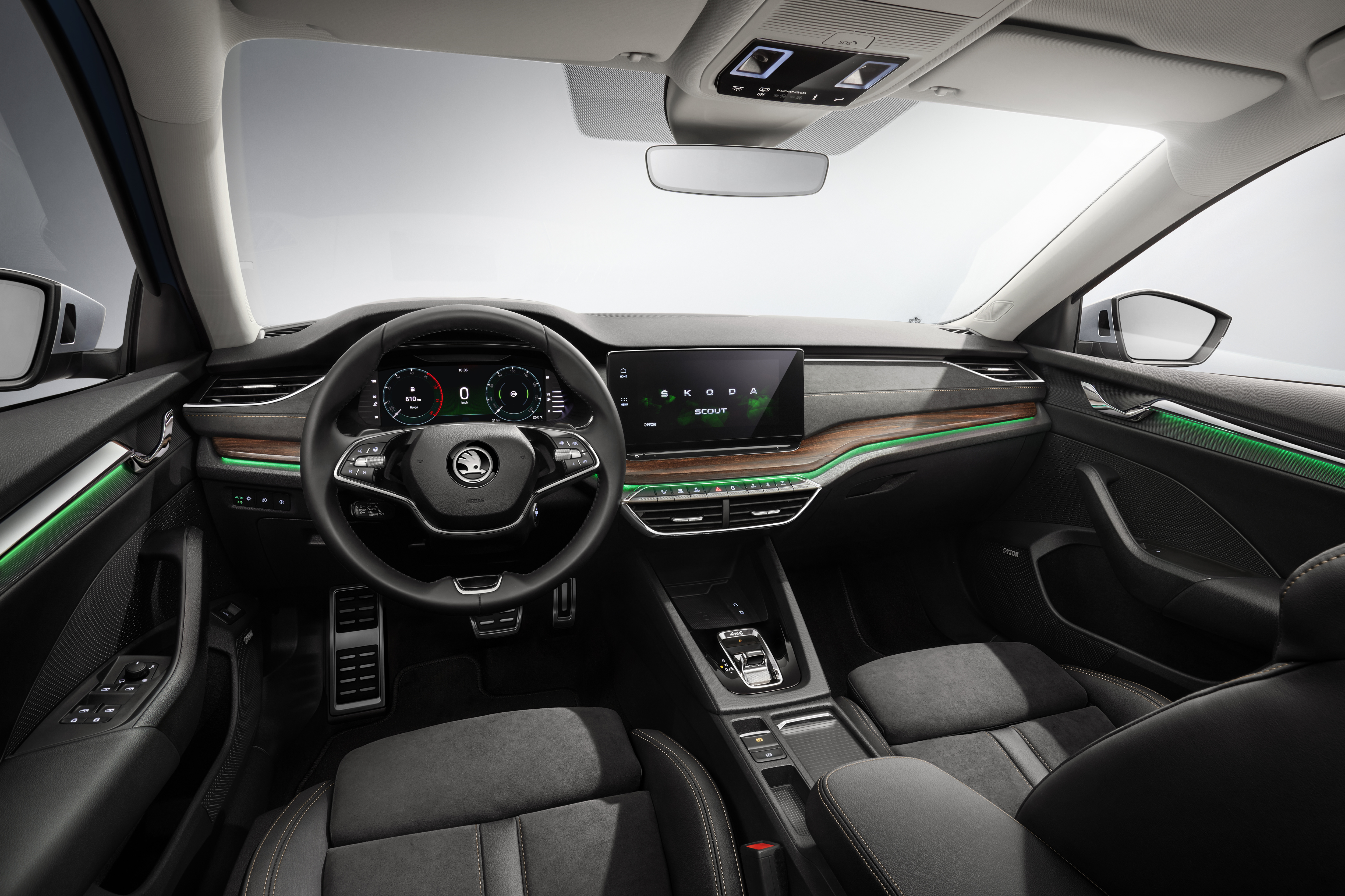 Lifestyle estate in its 3rd generation: The new SKODA OCTAVIA SCOUT - Image 1