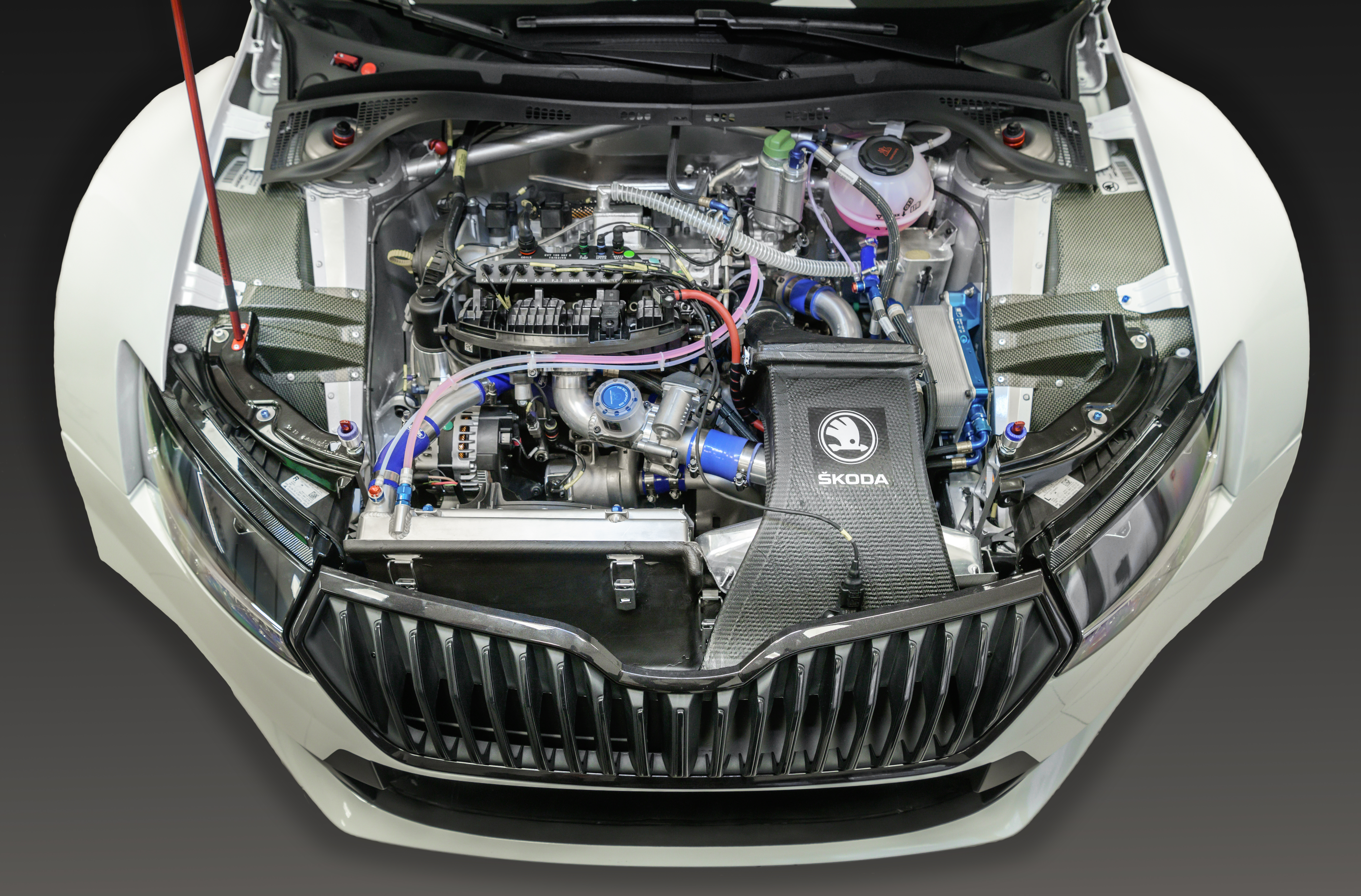Technical innovations tested in motorsport made their way into road cars from SKODA - Image 1