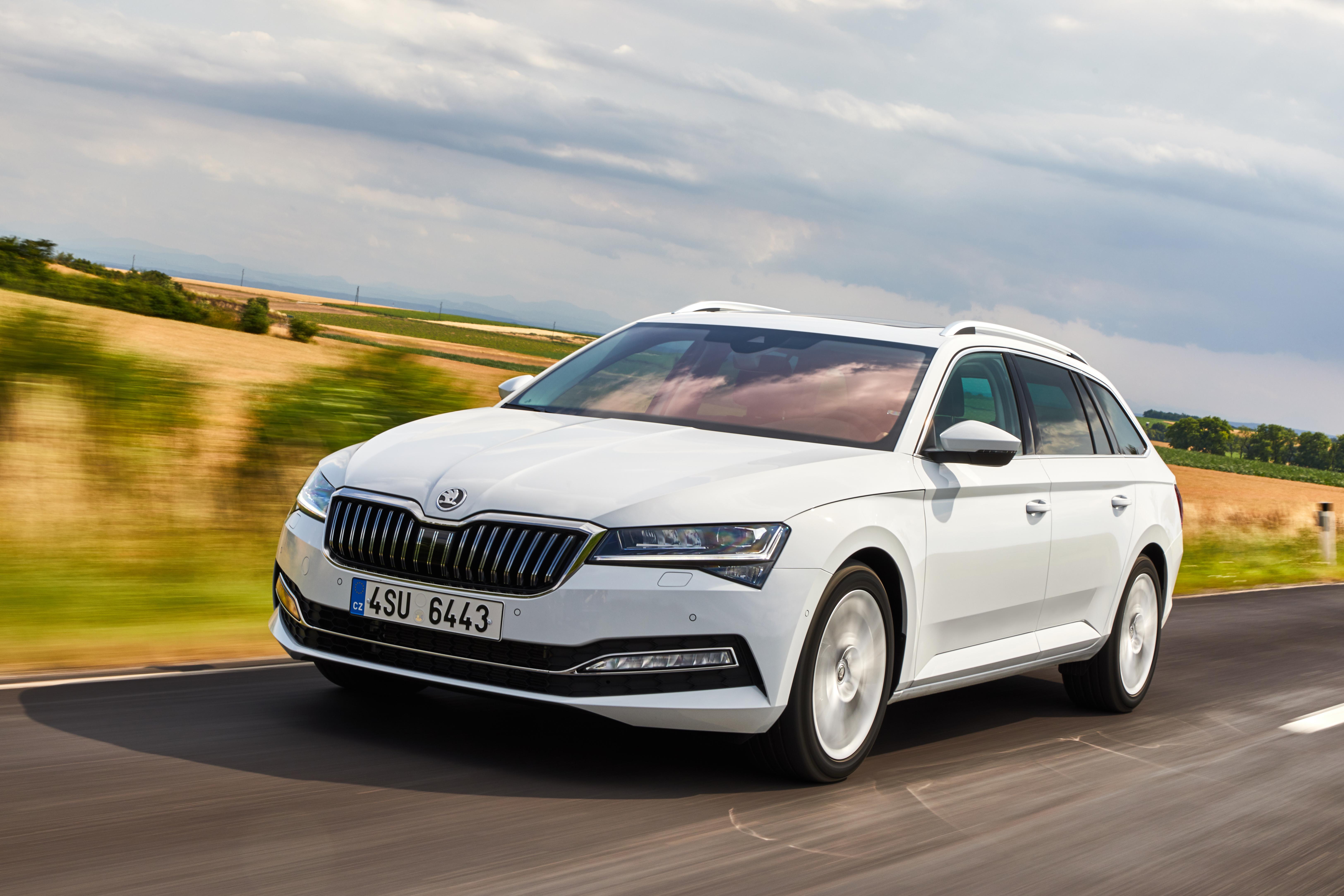 SKODA wins six 'Family Car of the Year' awards in AUTO Straßenverkehr readers' choice - Image 1