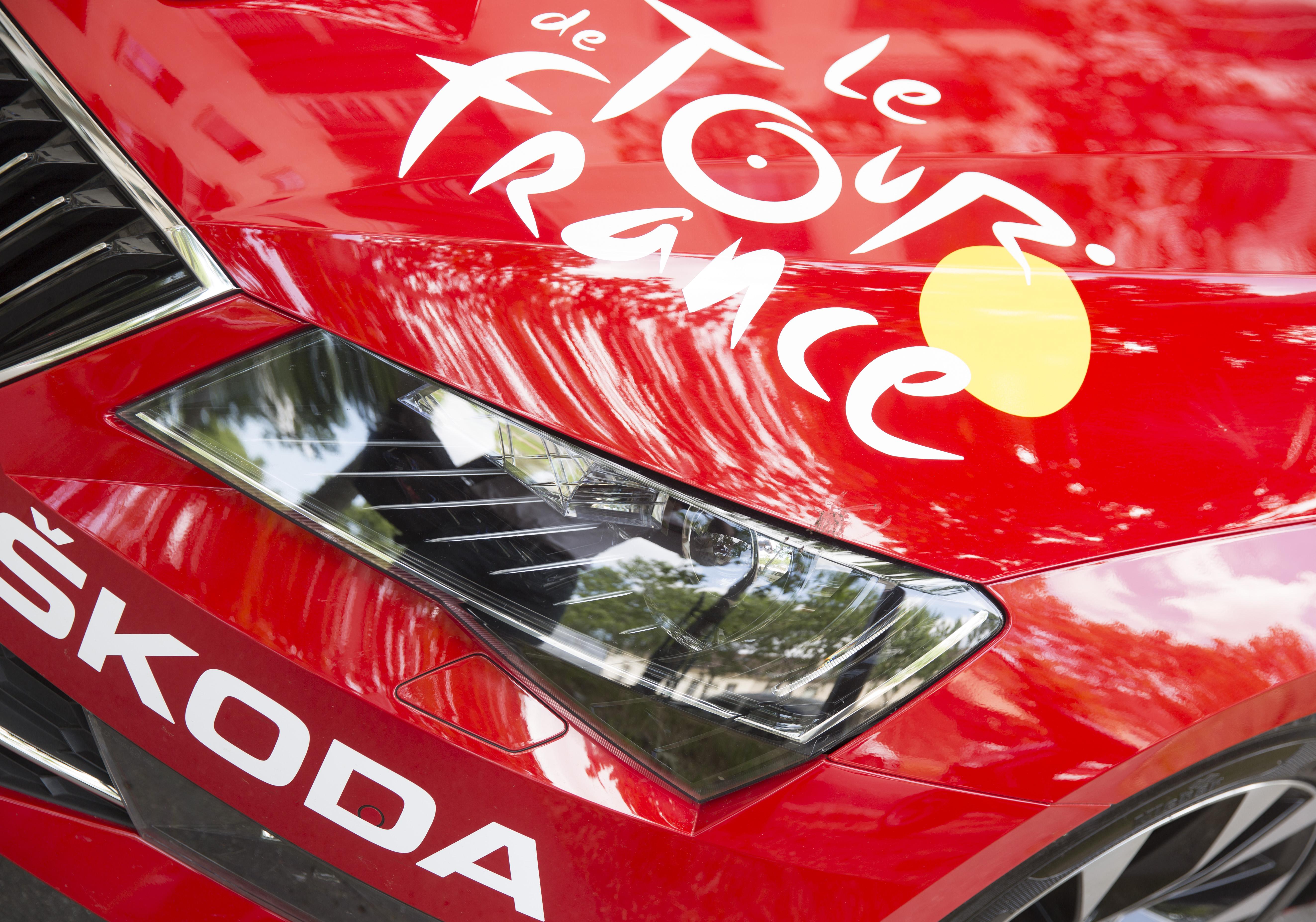 Tour de France, ředitelský vůz, Škoda Superb