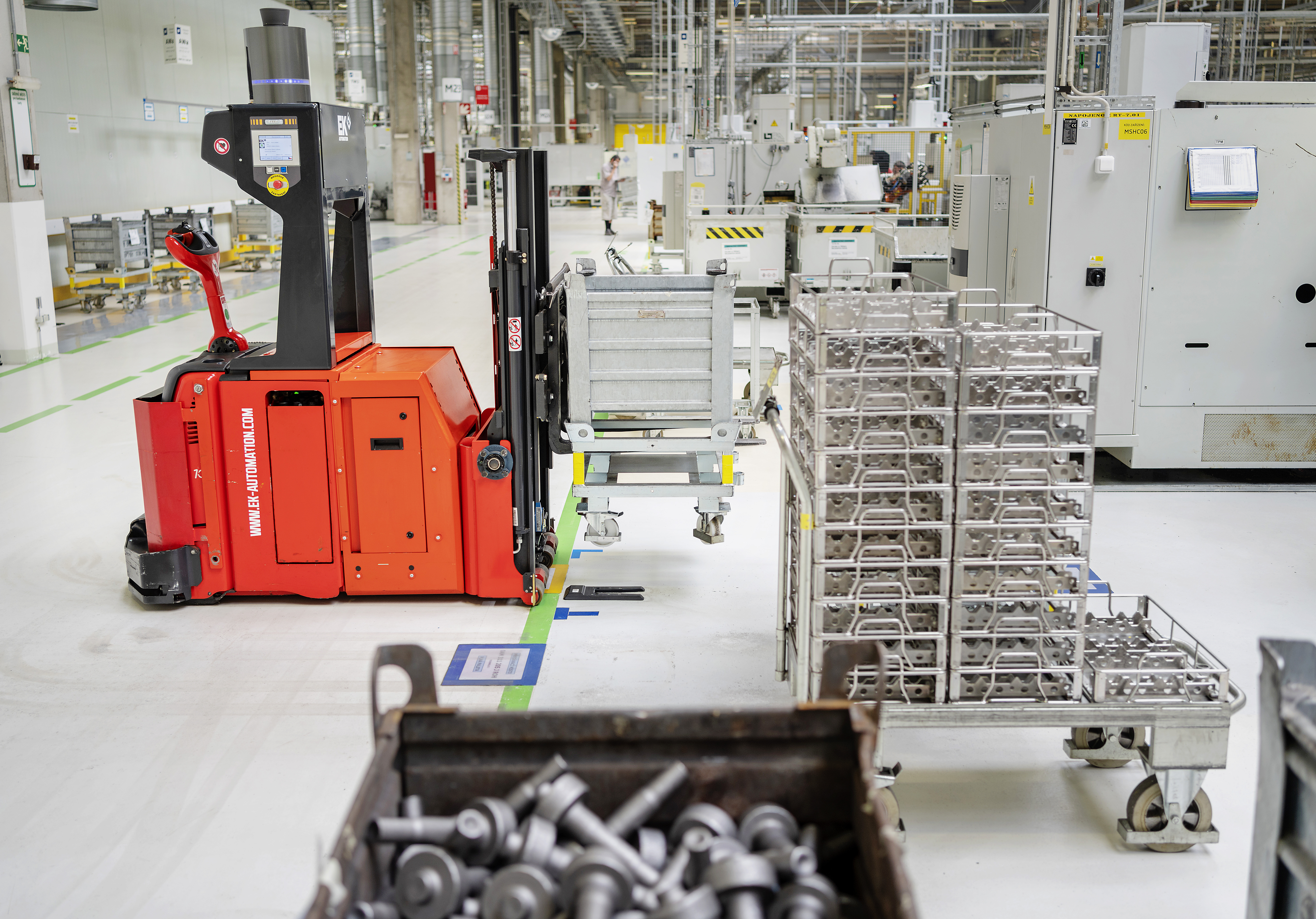 SKODA AUTO Vrchlabí plant launches automated ordering and supply of parts for CNC processing lines - Image 2