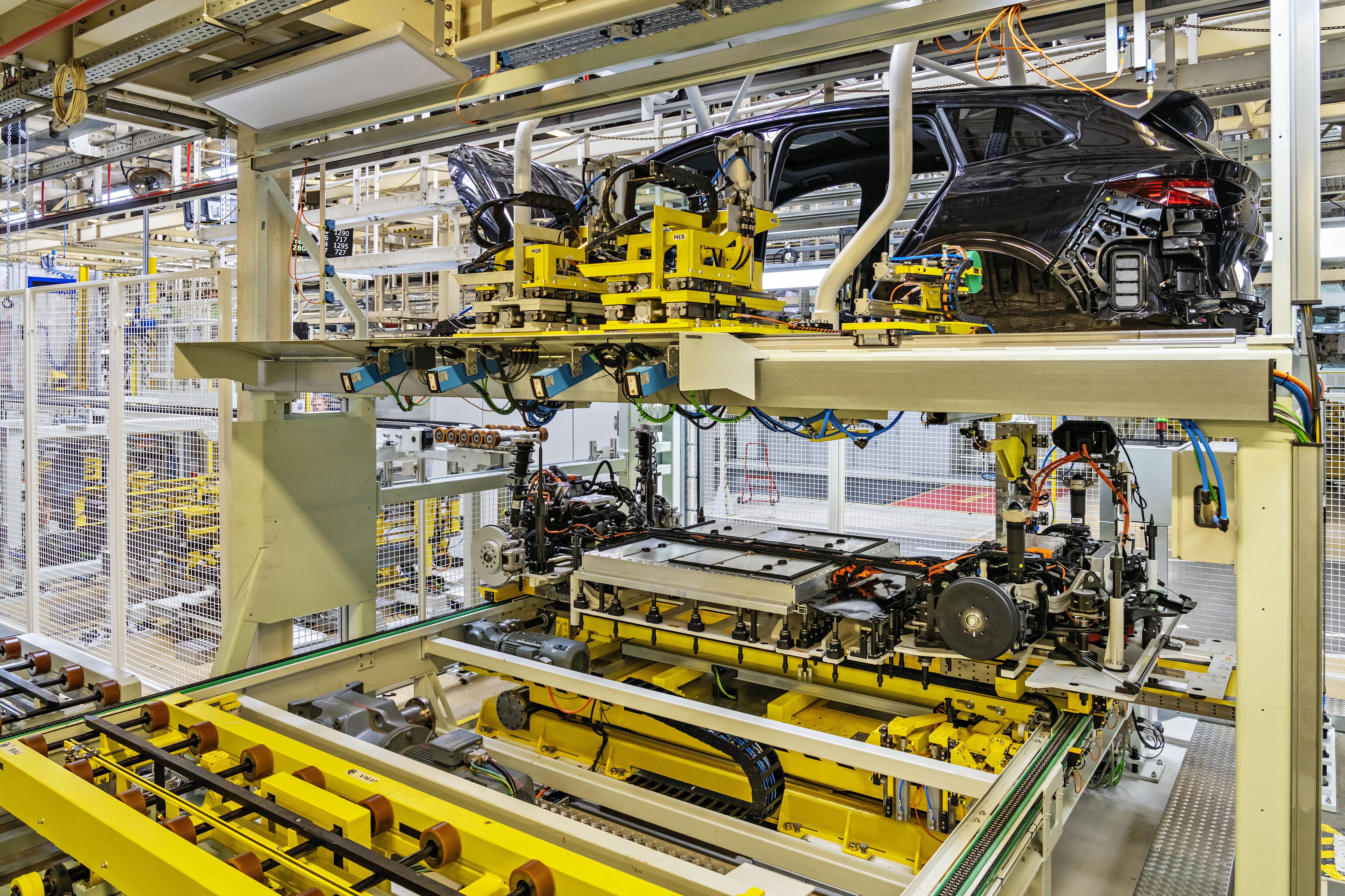 ŠKODA AUTO investiert am Standort Mladá Boleslav 32 Millionen Euro in die Fertigung des ENYAQ iV