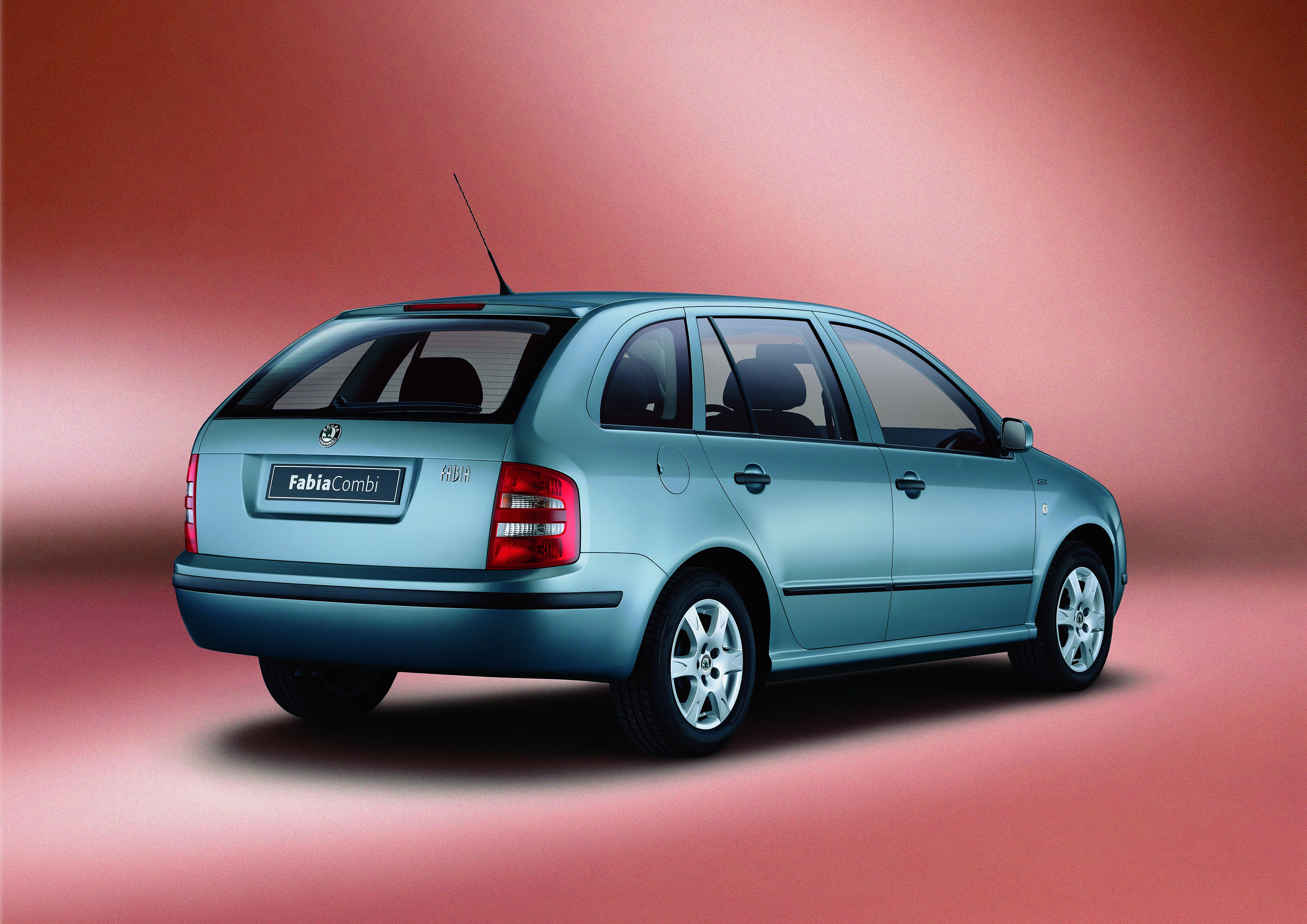 20 years of the SKODA FABIA COMBI: A real success story - Image 3