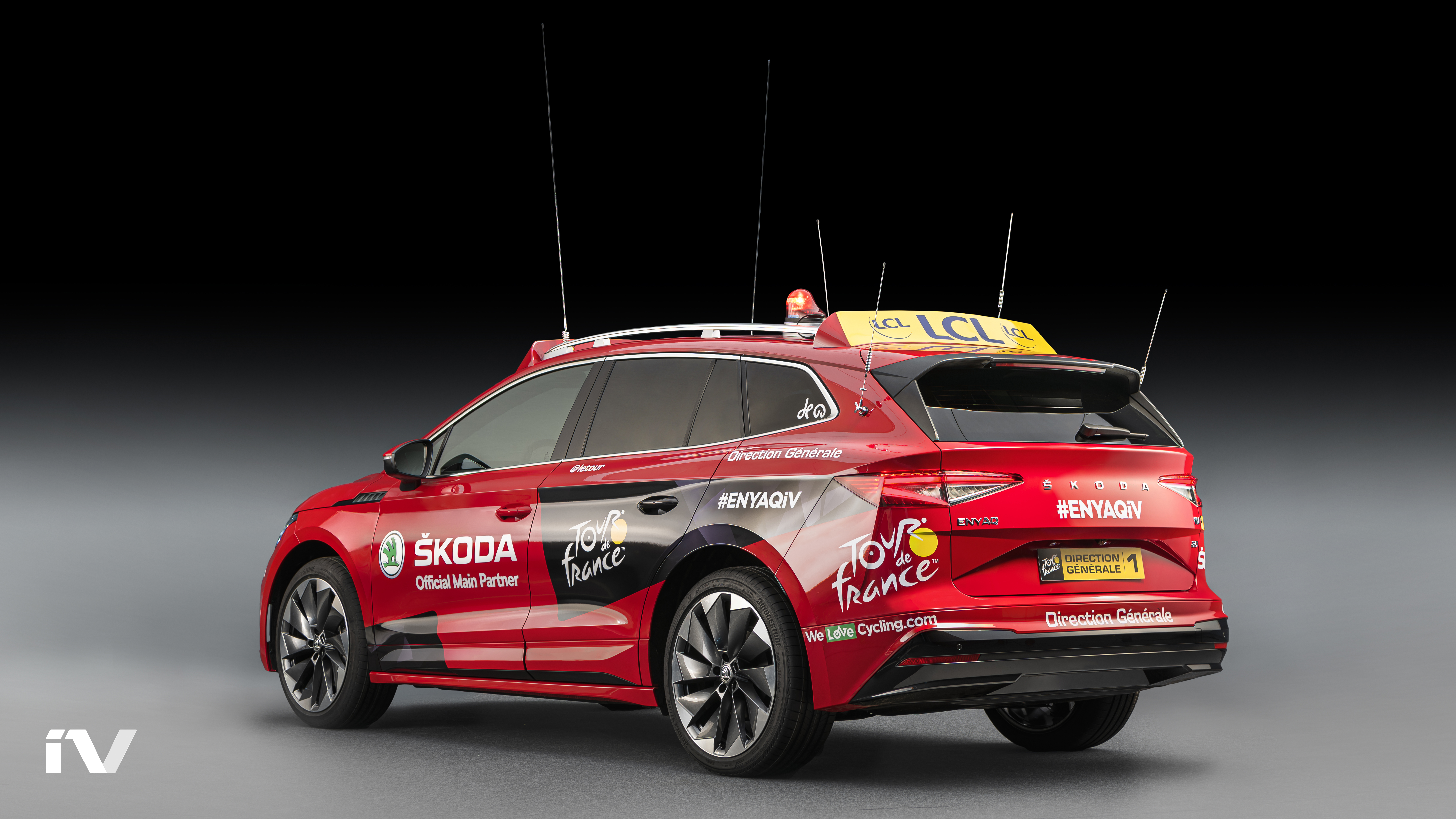 SKODA ENYAQ iV makes its debut as the lead vehicle in the Tour de France - Image 7