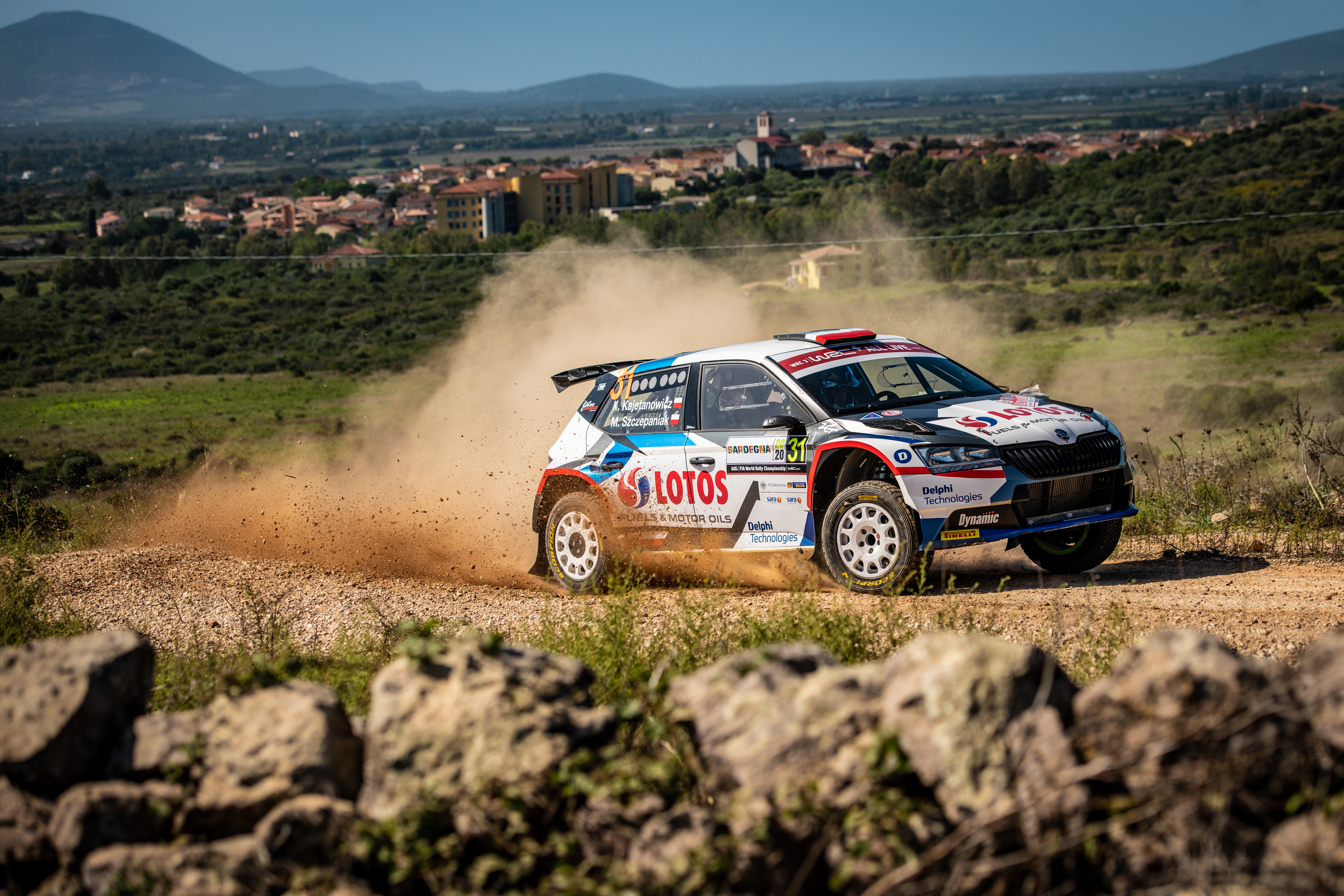 Rally Italia Sardegna: Two SKODA crews on top of WRC2 and WRC3 after tough first leg - Image 8
