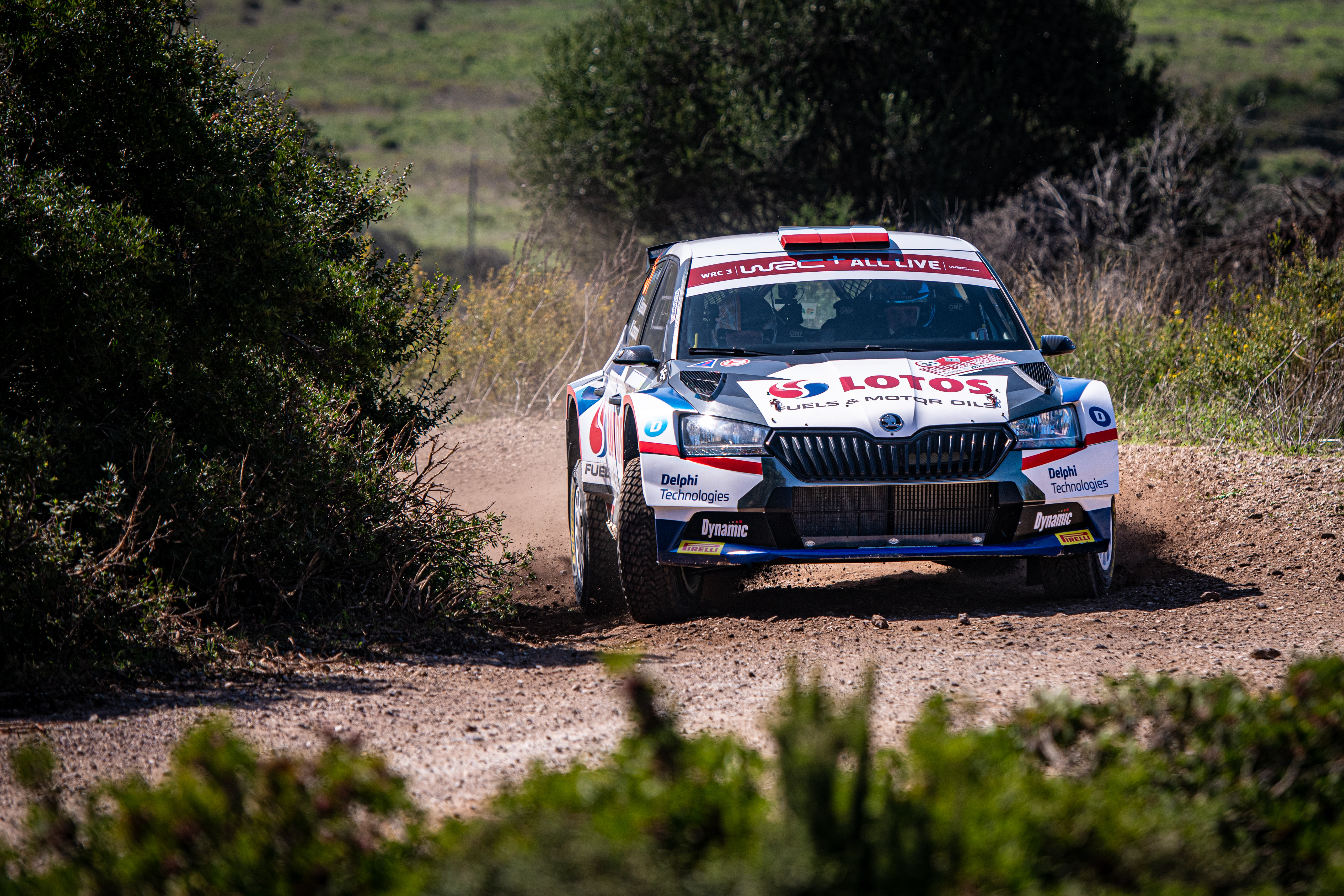 Rally Italia Sardegna: Two SKODA crews on top of WRC2 and WRC3 after tough first leg - Image 7