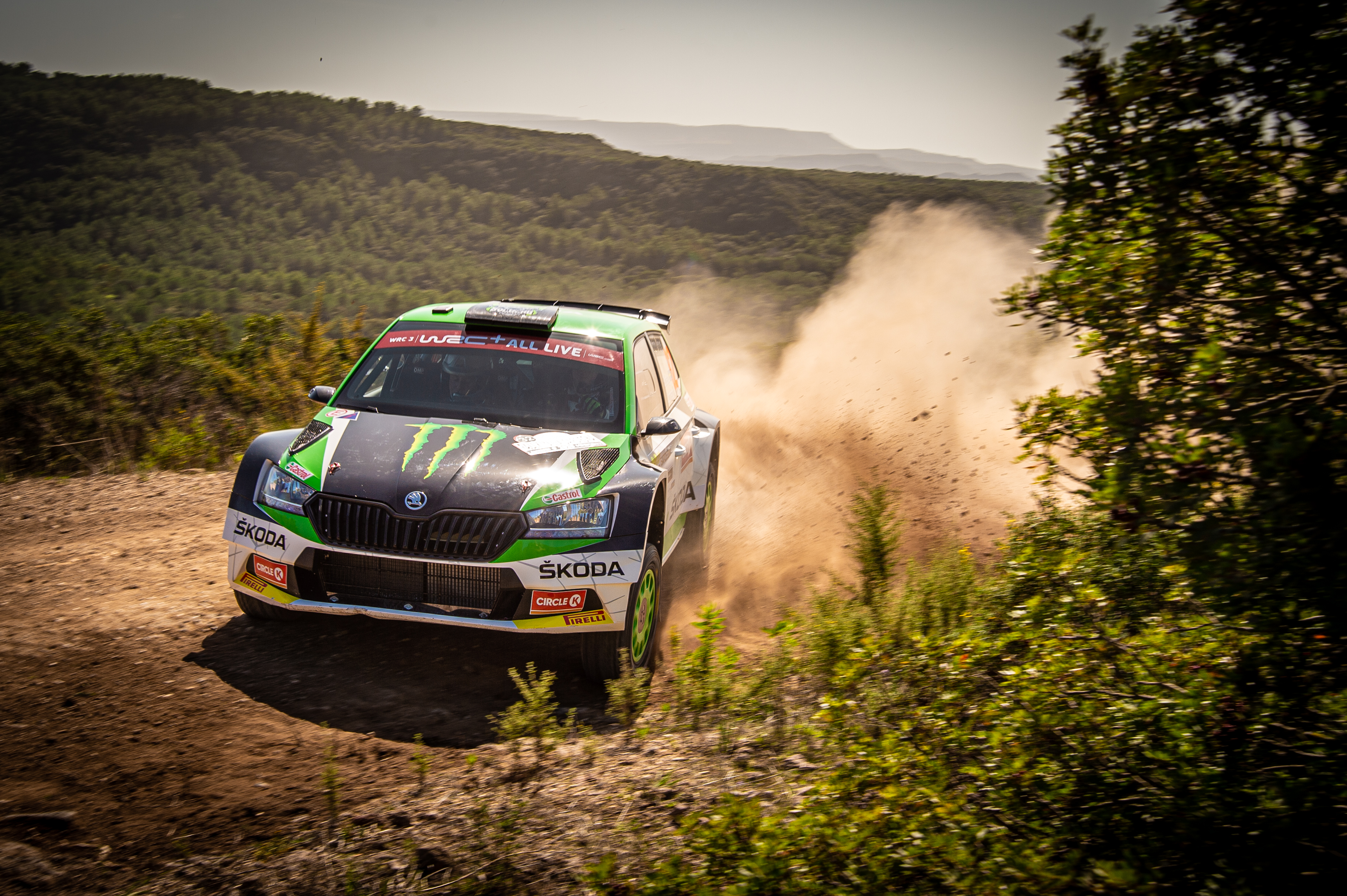 Rally Italia Sardegna: Two SKODA crews on top of WRC2 and WRC3 after tough first leg - Image 6