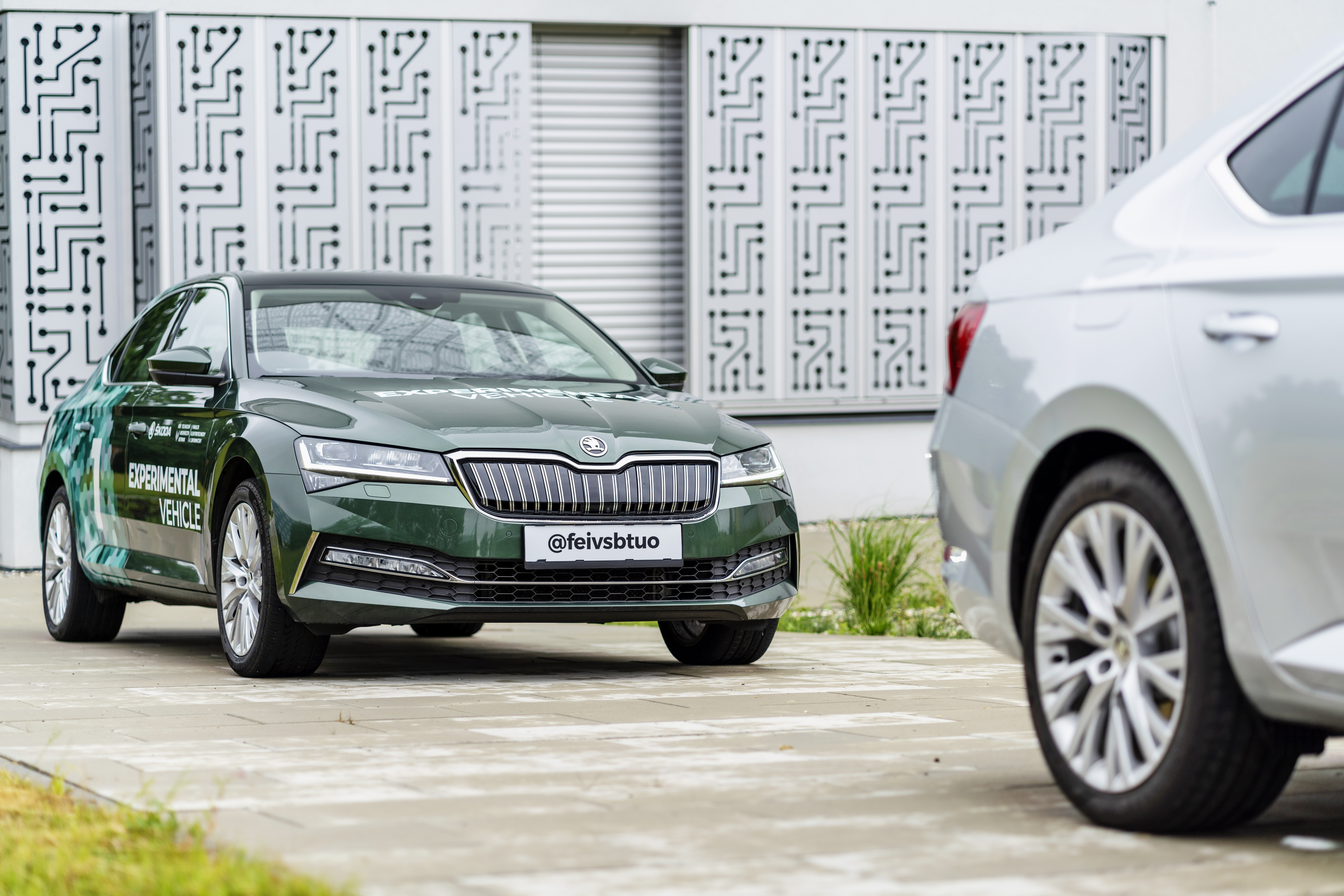 'Follow the Vehicle': SKODA AUTO and the VSB - Technical University of Ostrava collaborate on automated car convoy project - Image 2
