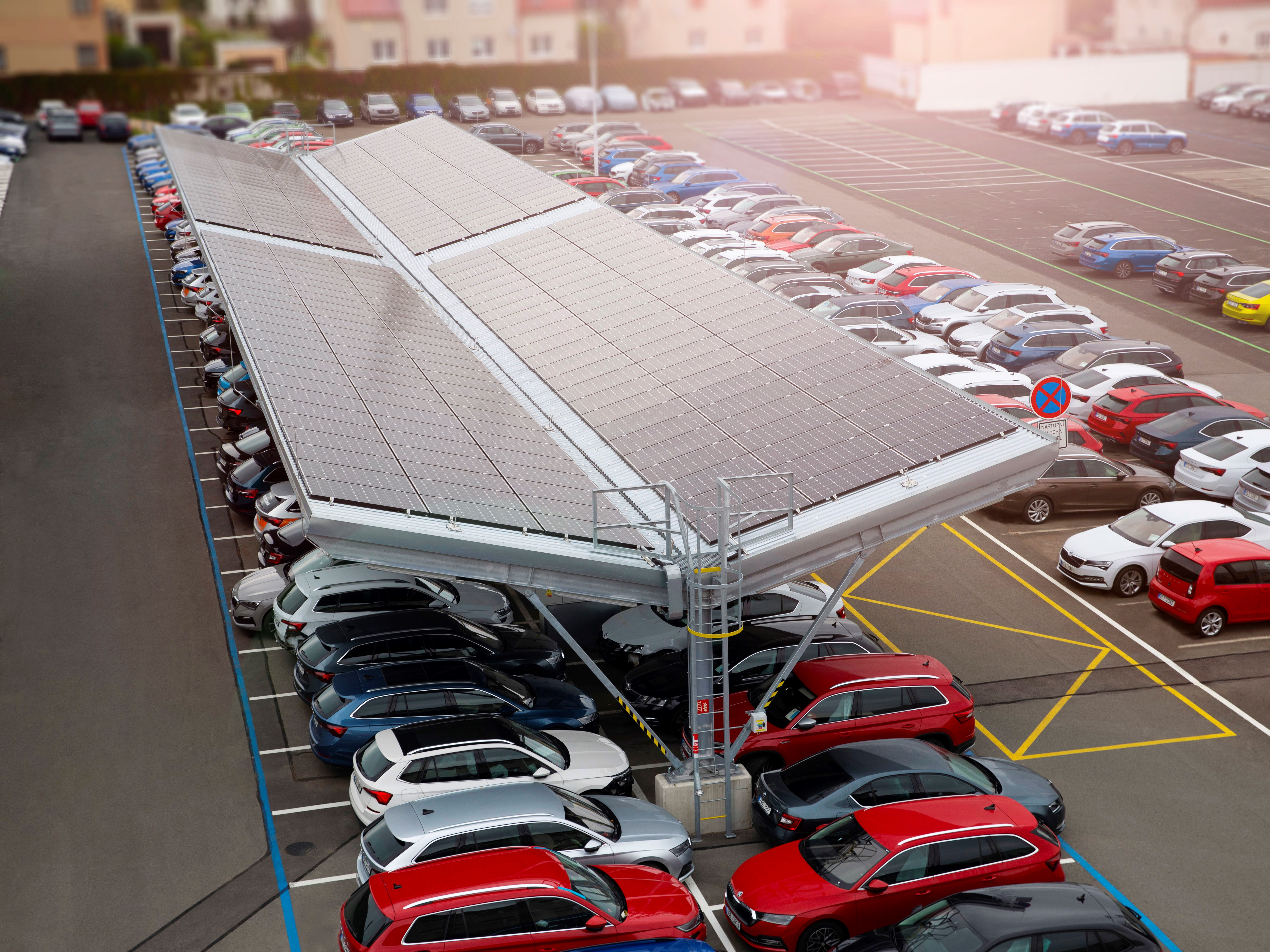 New photovoltaic system for SKODA AUTO Service Centre in Kosmonosy - Image 1