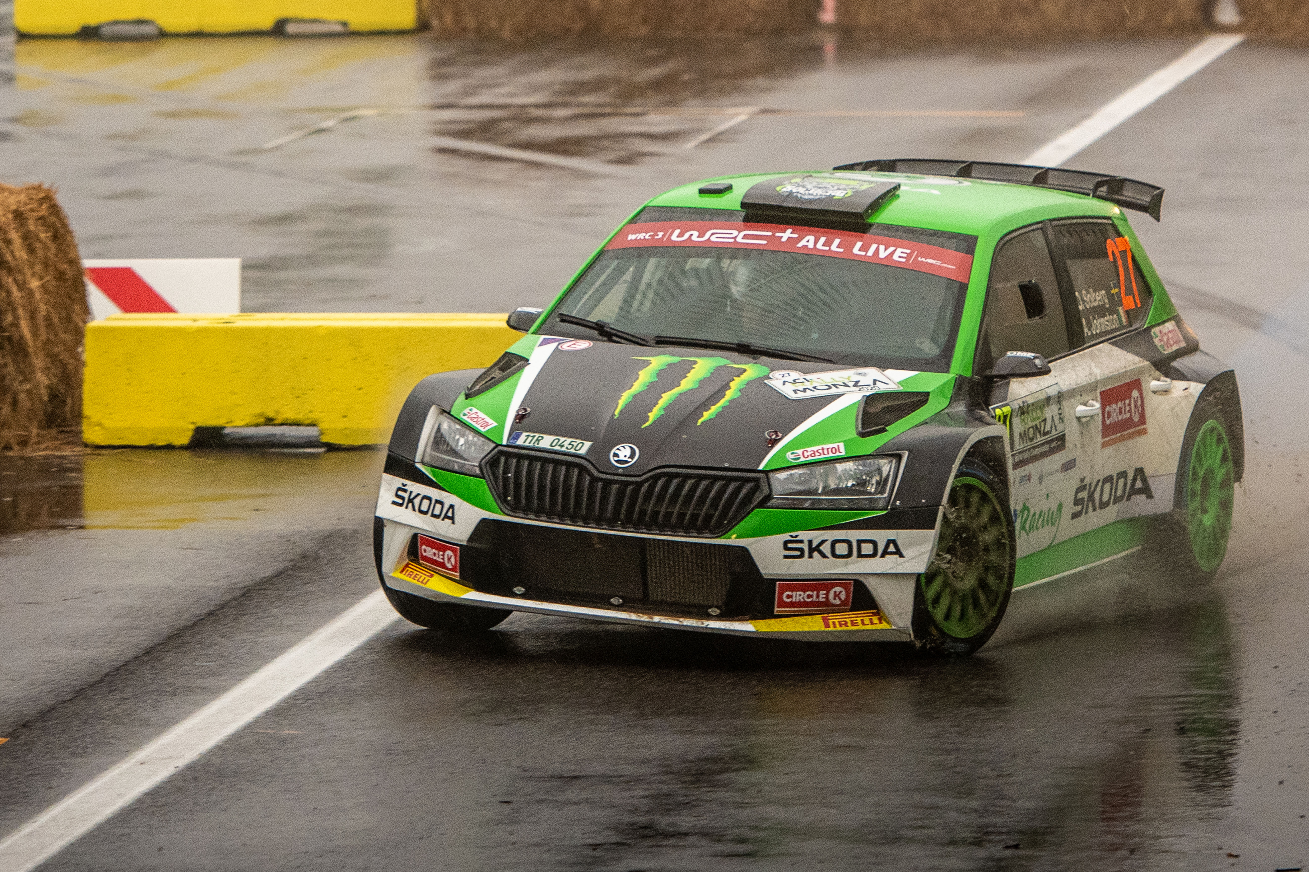 ACI Rally Monza: Clever tactics pays off as SKODA crews lead WRC2 and WRC3 after first leg - Image 4