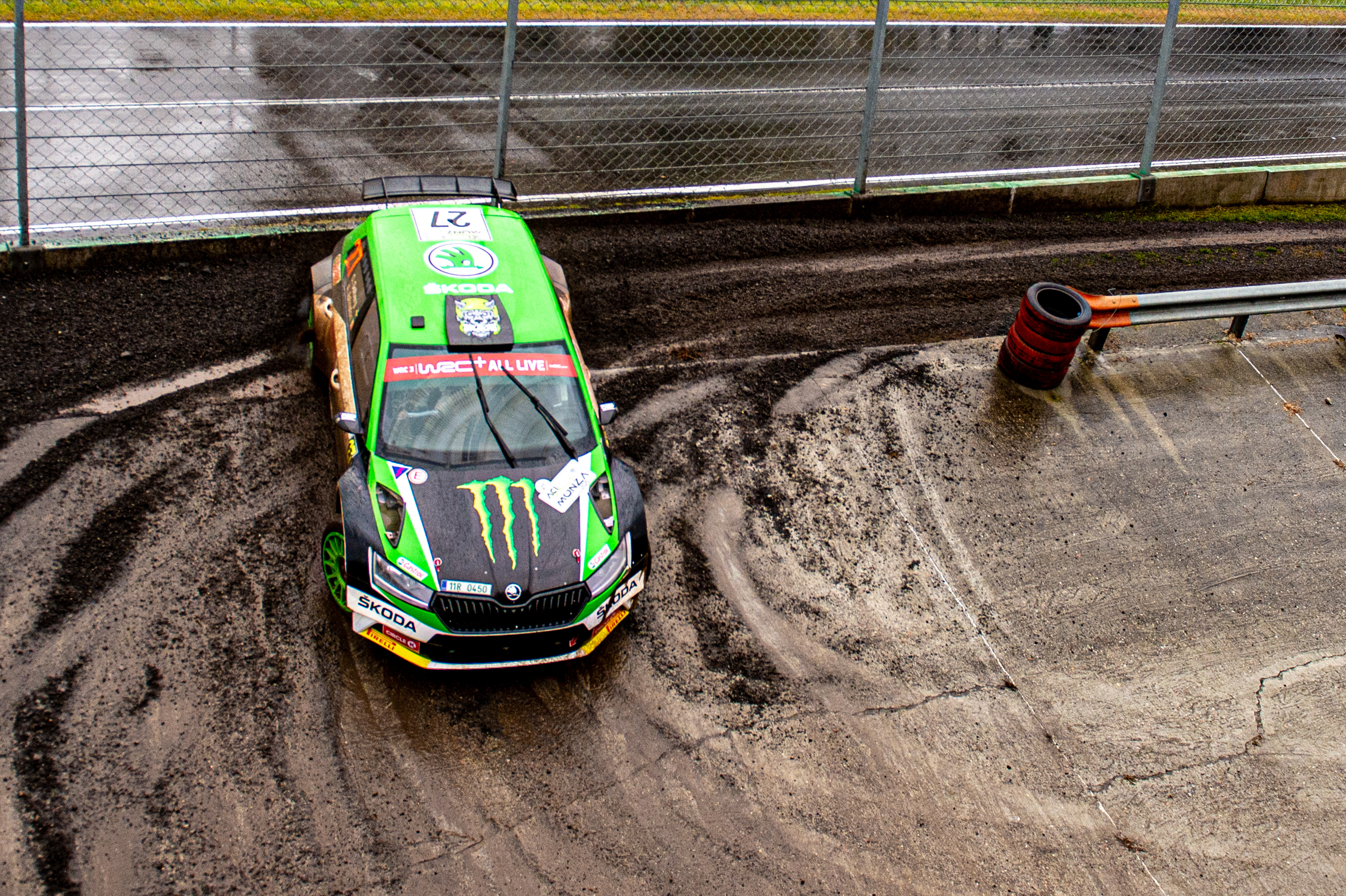 ACI Rally Monza: Clever tactics pays off as SKODA crews lead WRC2 and WRC3 after first leg - Image 2