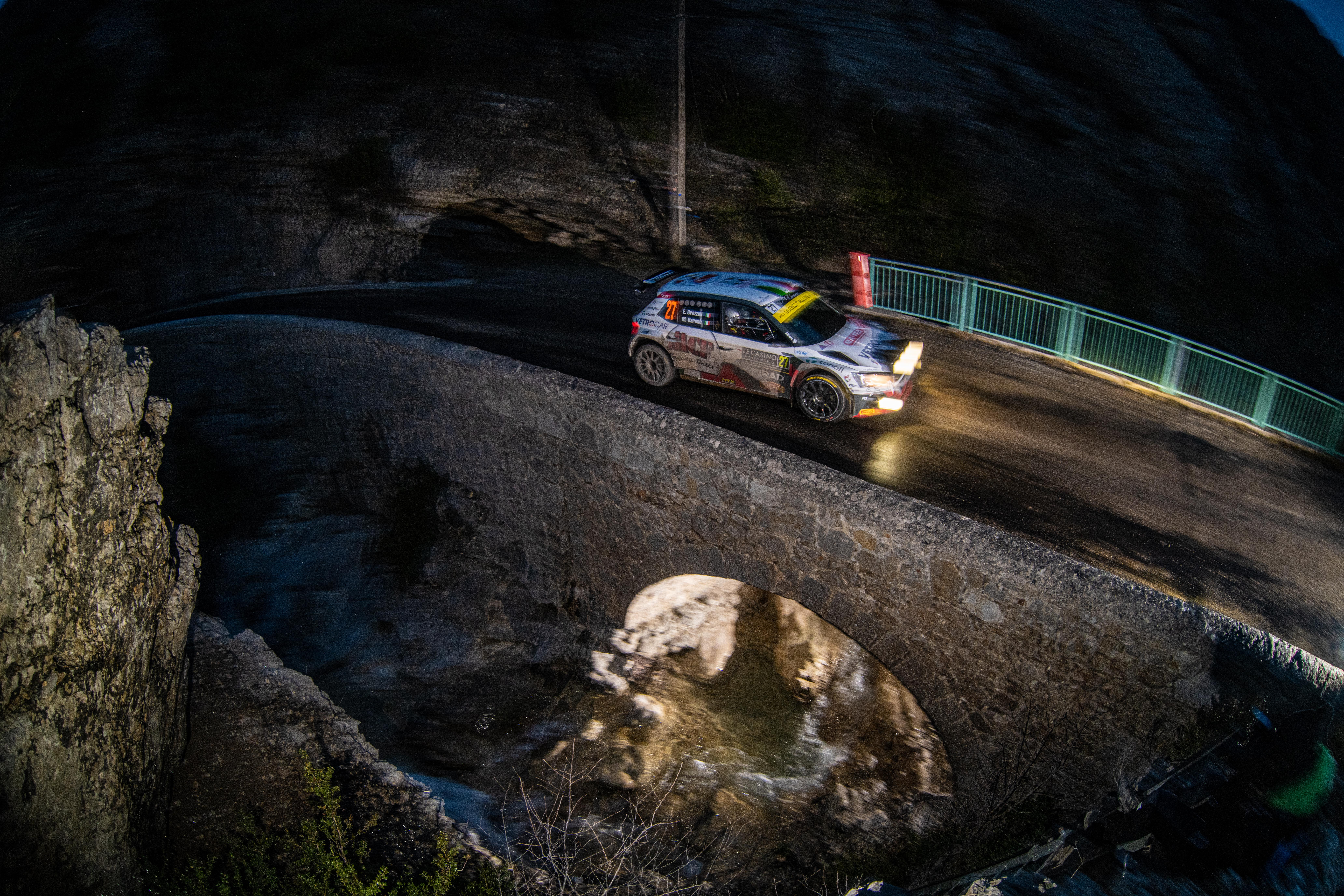 Rallye Monte-Carlo: SKODA FABIA Rally2 evo driver Mikkelsen starts as WRC2 leader into last leg - Image 5