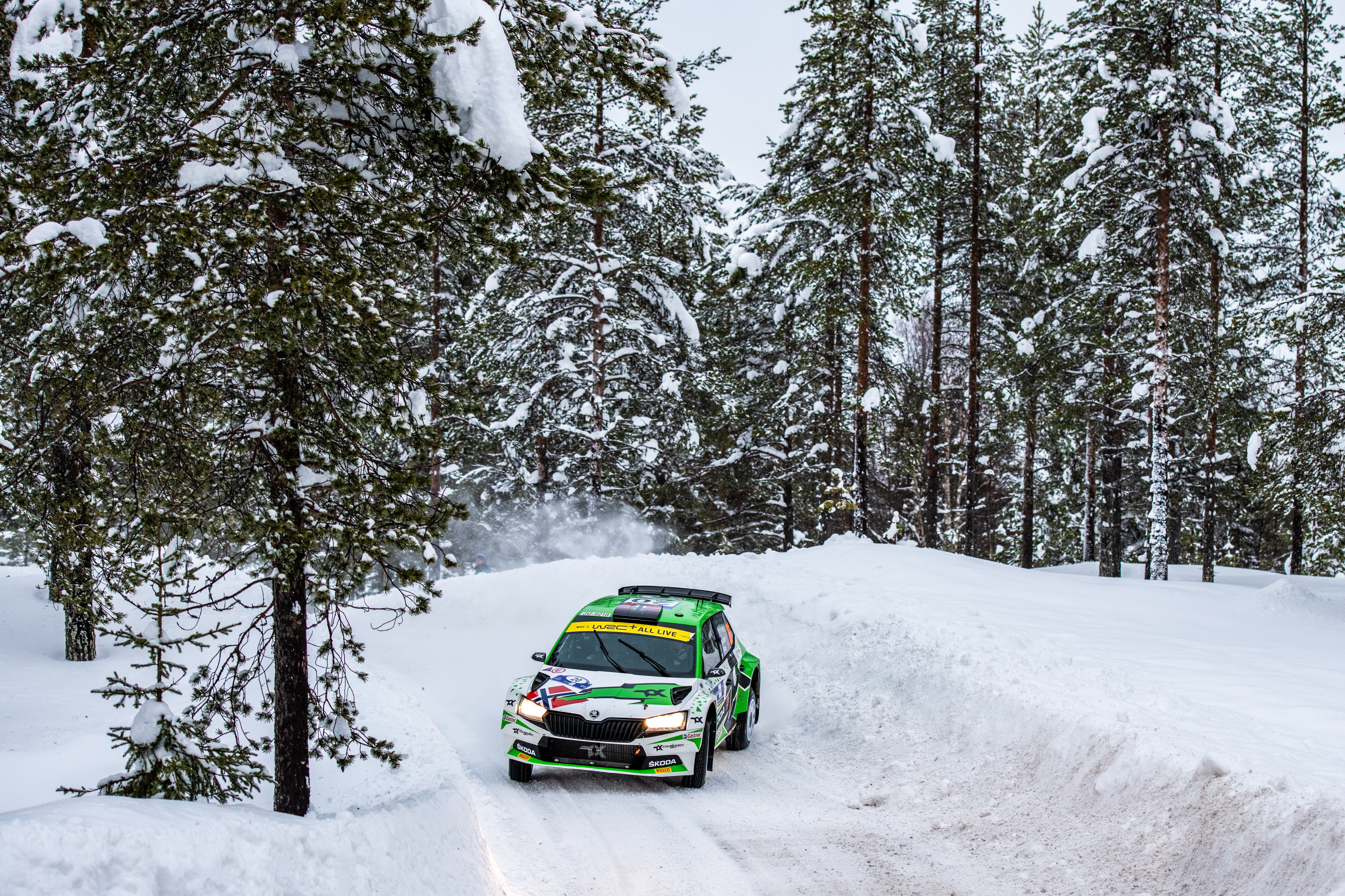 Arctic Rally Finland: SKODA Motorsport supported Andreas Mikkelsen finishes Friday leg third in WRC2 - Image 2