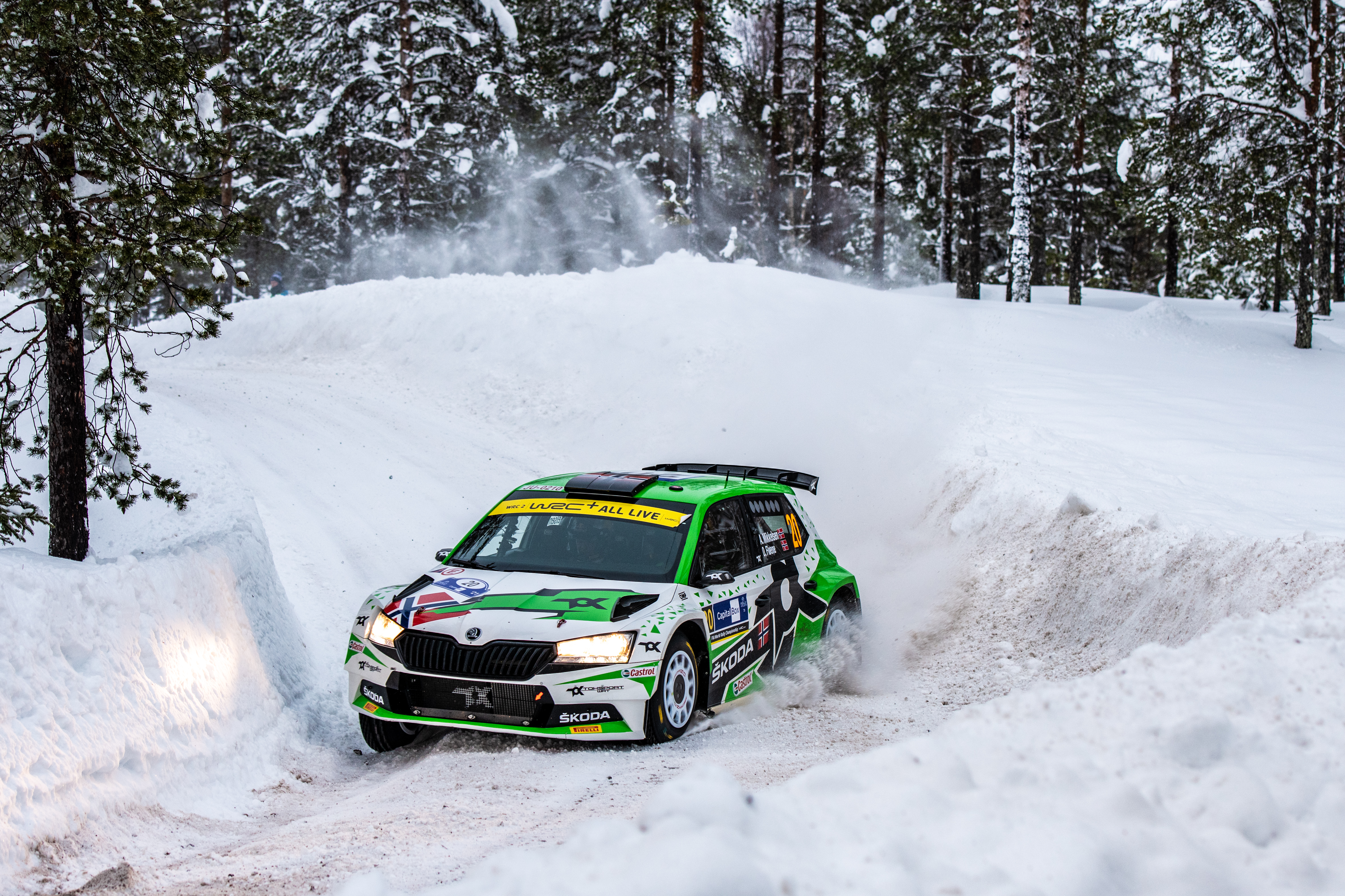 Arctic Rally Finland: SKODA Motorsport supported Andreas Mikkelsen finishes Friday leg third in WRC2 - Image 1