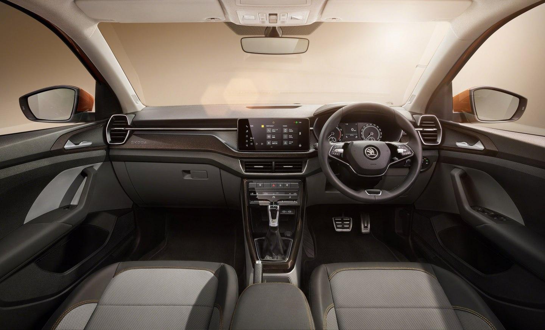 Na zákazníkov čaká priestranný a praktický automobil s širokým rozpätím výbav.