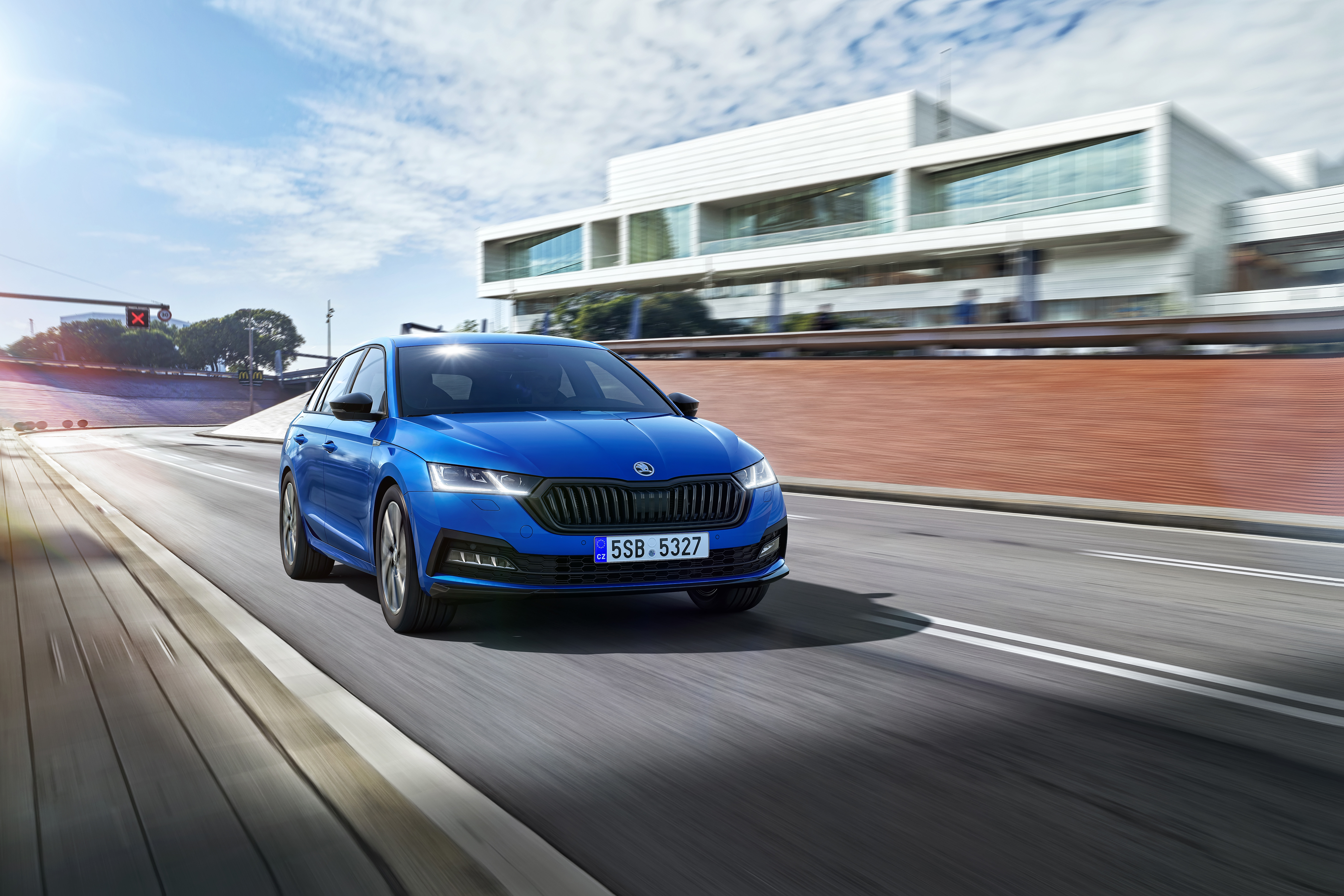 SKODA OCTAVIA available as SPORTLINE version for the first time - Image 2
