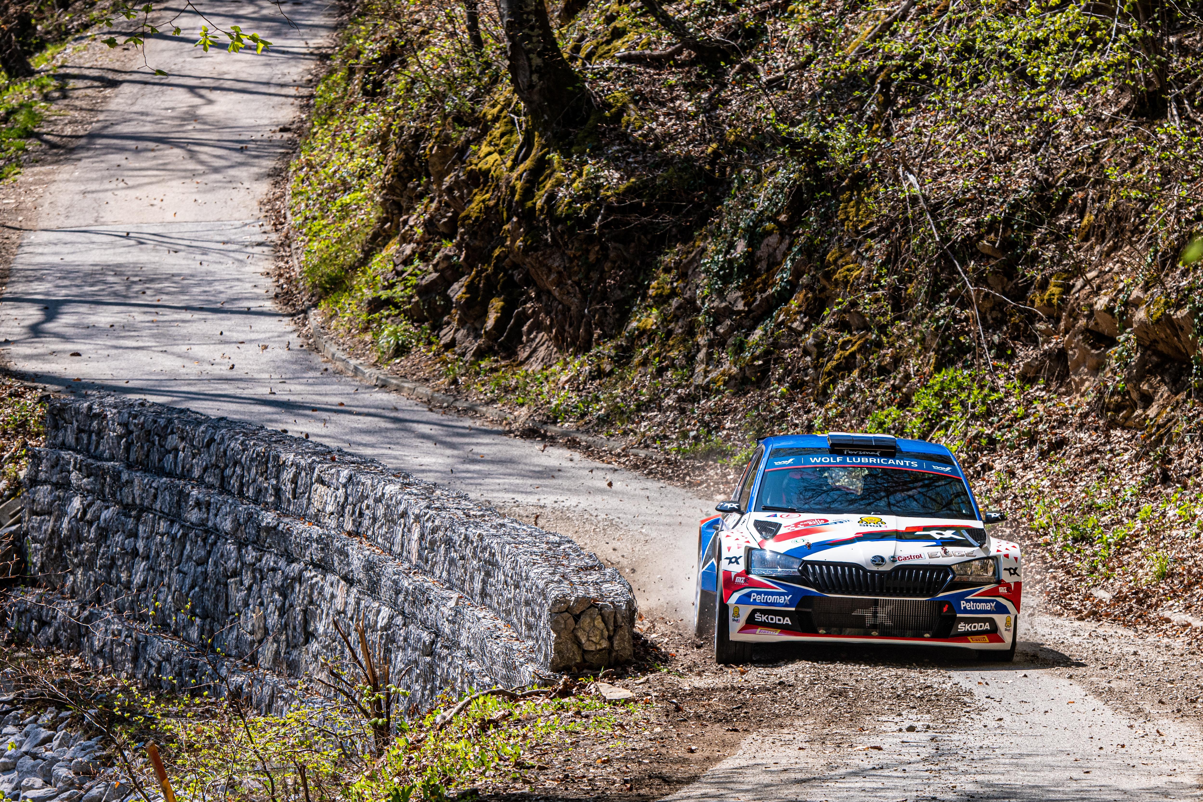 Rally Croatia: SKODA FABIA Rally2 evo crews storm to convincing 1-2-3 in WRC3 category - Image 5