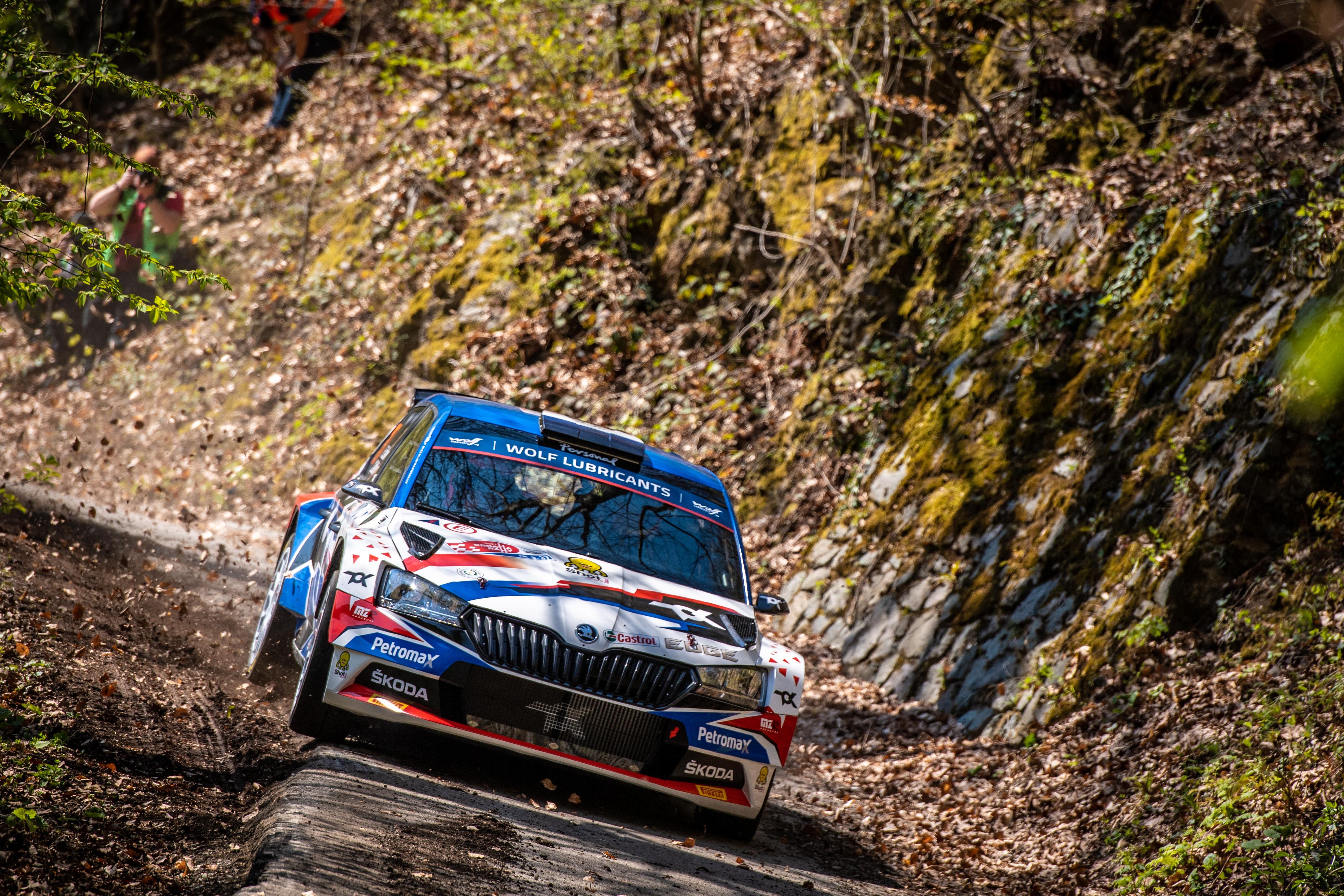 Rally Croatia: SKODA FABIA Rally2 evo crews storm to convincing 1-2-3 in WRC3 category - Image 4