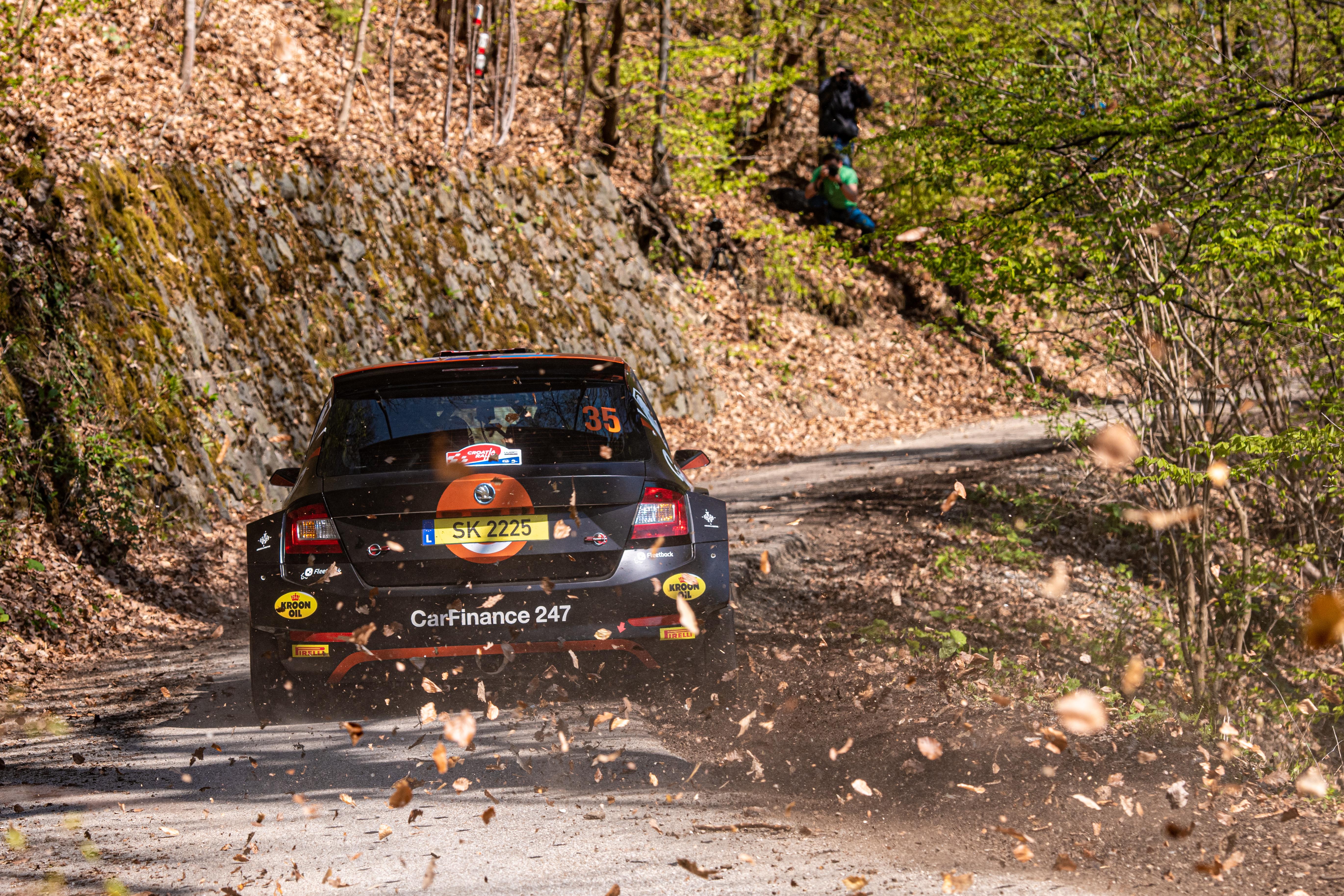 Rally Croatia: SKODA FABIA Rally2 evo crews storm to convincing 1-2-3 in WRC3 category - Image 3