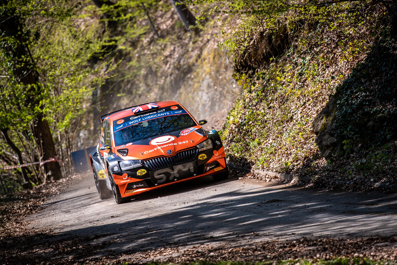 Rally Croatia: SKODA FABIA Rally2 evo crews storm to convincing 1-2-3 in WRC3 category - Image 1