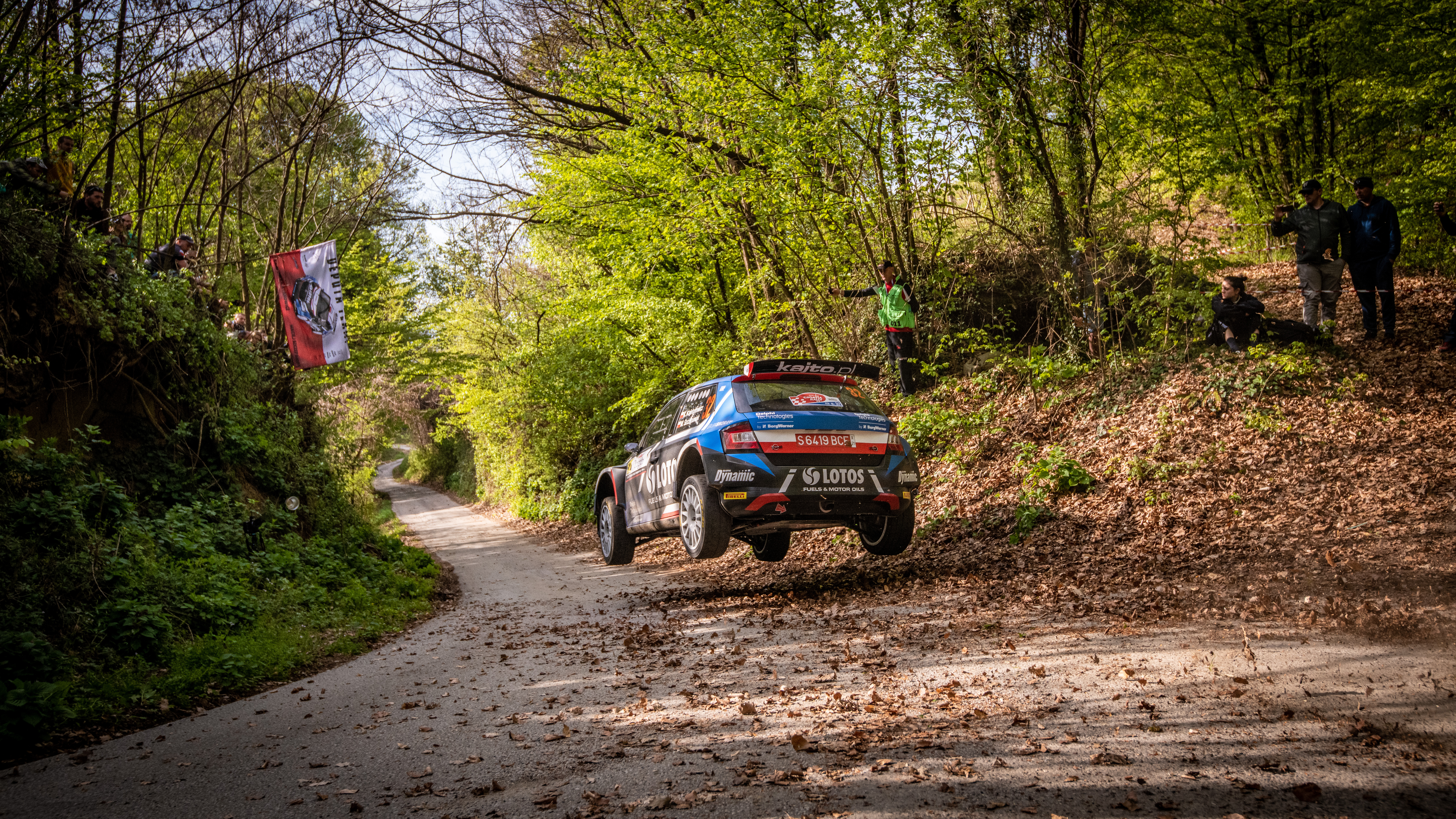 Rally Croatia: SKODA crews score 1-2 in WRC3, Andreas Mikkelsen defends WRC2 overall lead - Image 7