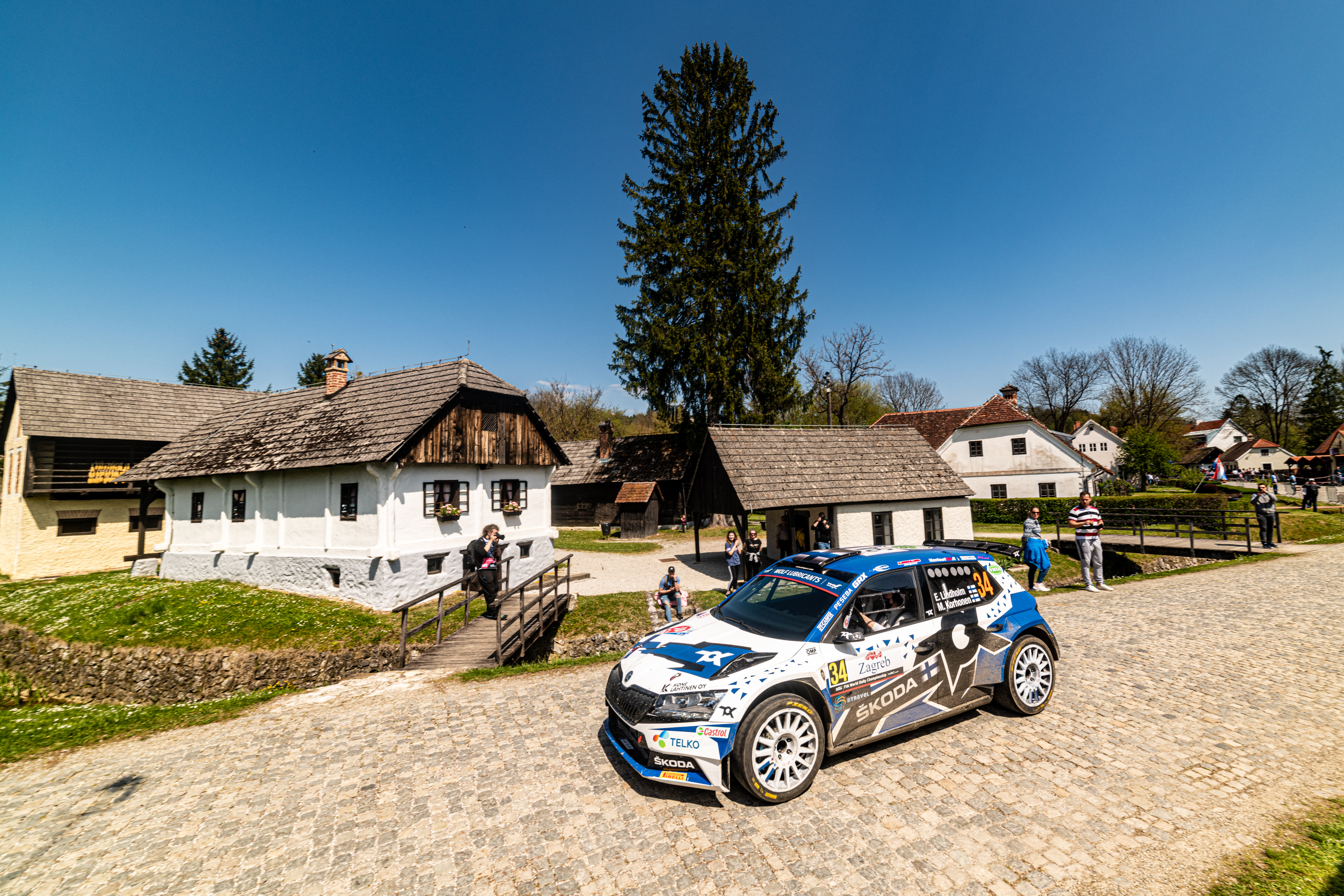Rally Croatia: SKODA crews score 1-2 in WRC3, Andreas Mikkelsen defends WRC2 overall lead - Image 1
