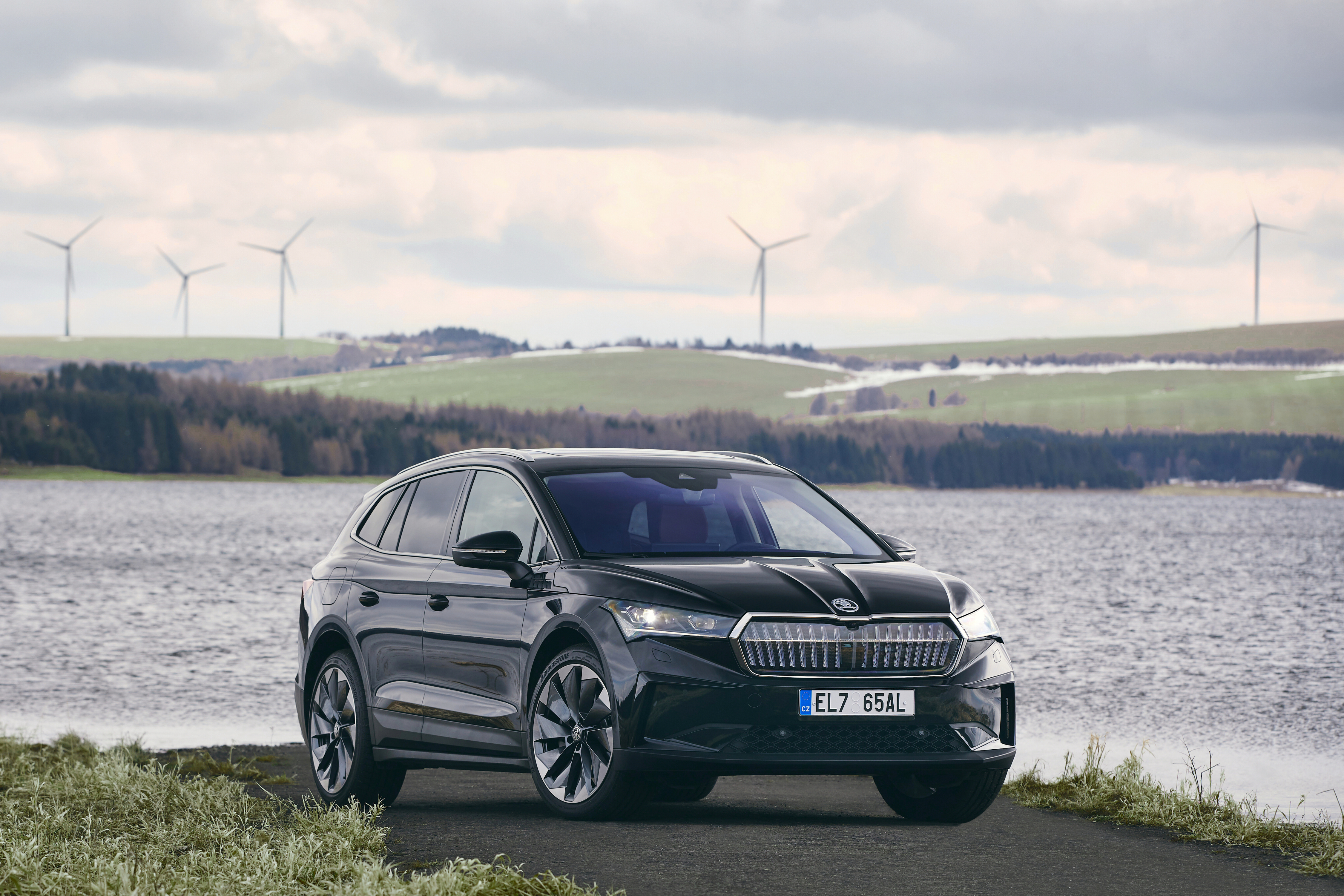 SKODA AUTO delivers the ENYAQ iV to customers with a carbon-neutral balance sheet - Image 2