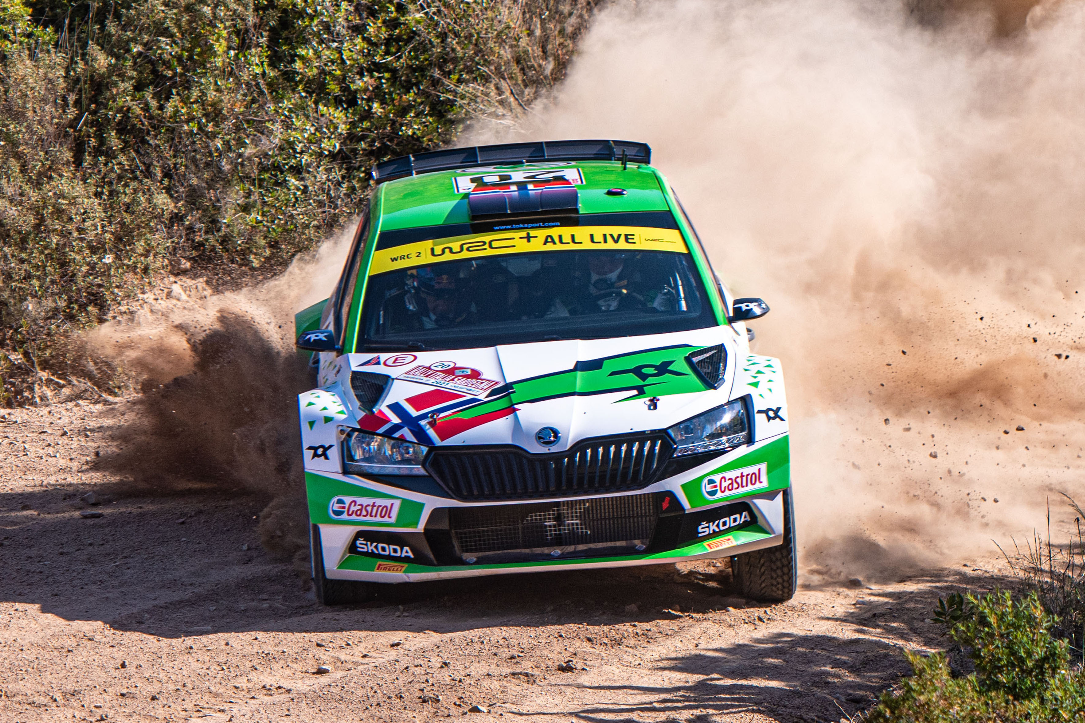 Rally Poland: Andreas Mikkelsen conquers second place with SKODA FABIA Rally2 evo - Image 3