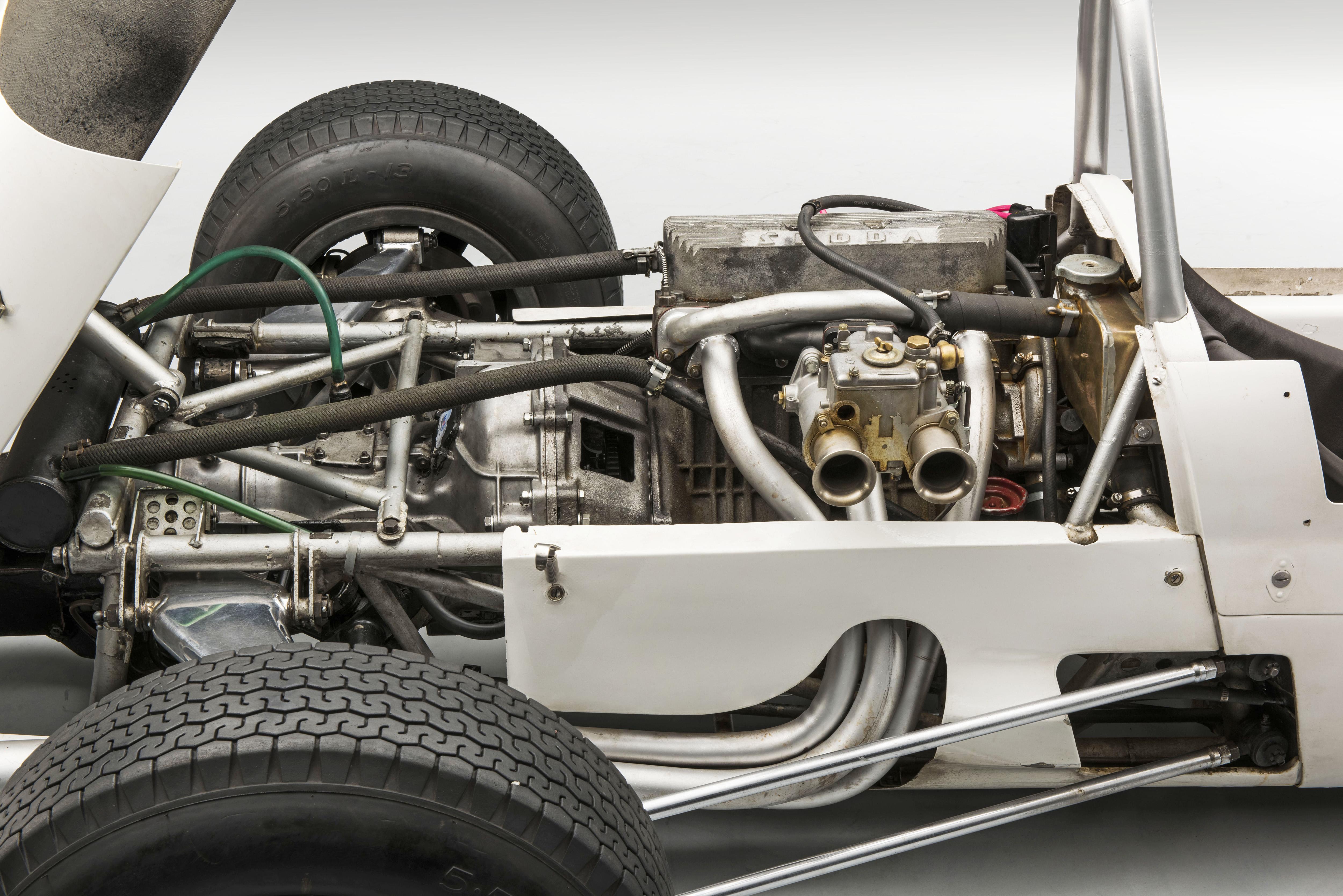 SKODA F3, Type 992 (1964): European-class Formula racing car - Image 7