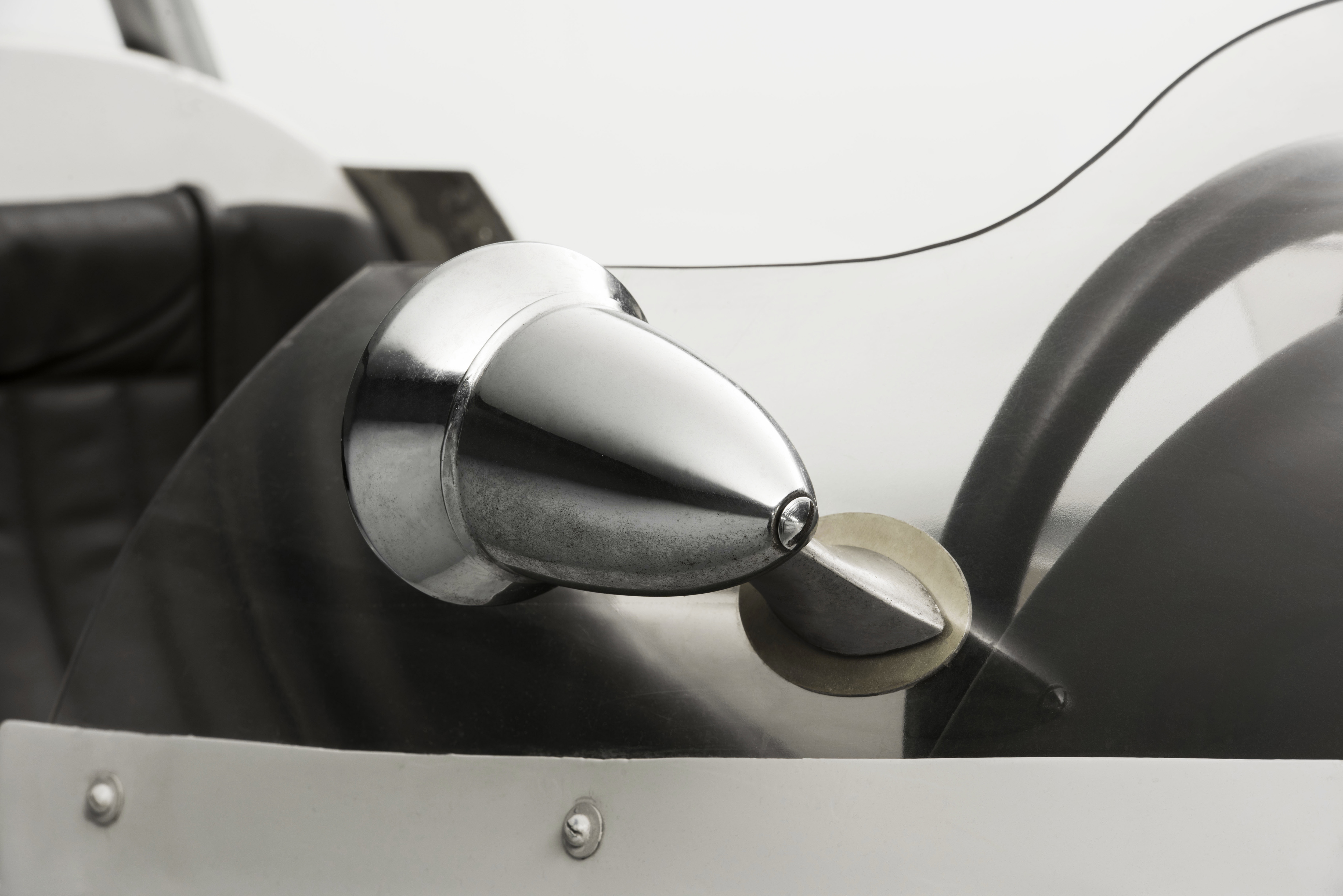 SKODA F3, Type 992 (1964): European-class Formula racing car - Image 2