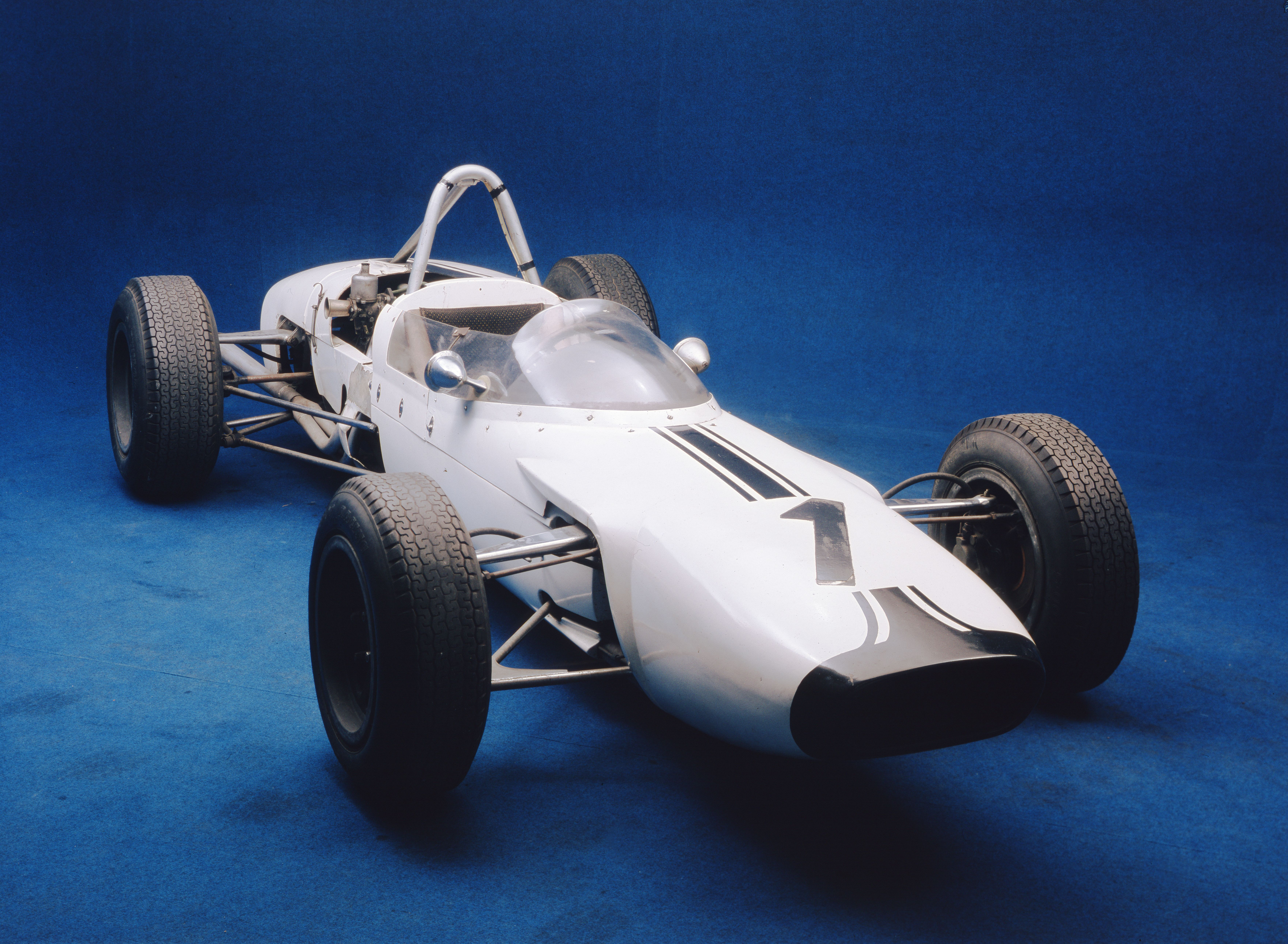 SKODA F3, Type 992 (1964): European-class Formula racing car - Image 1