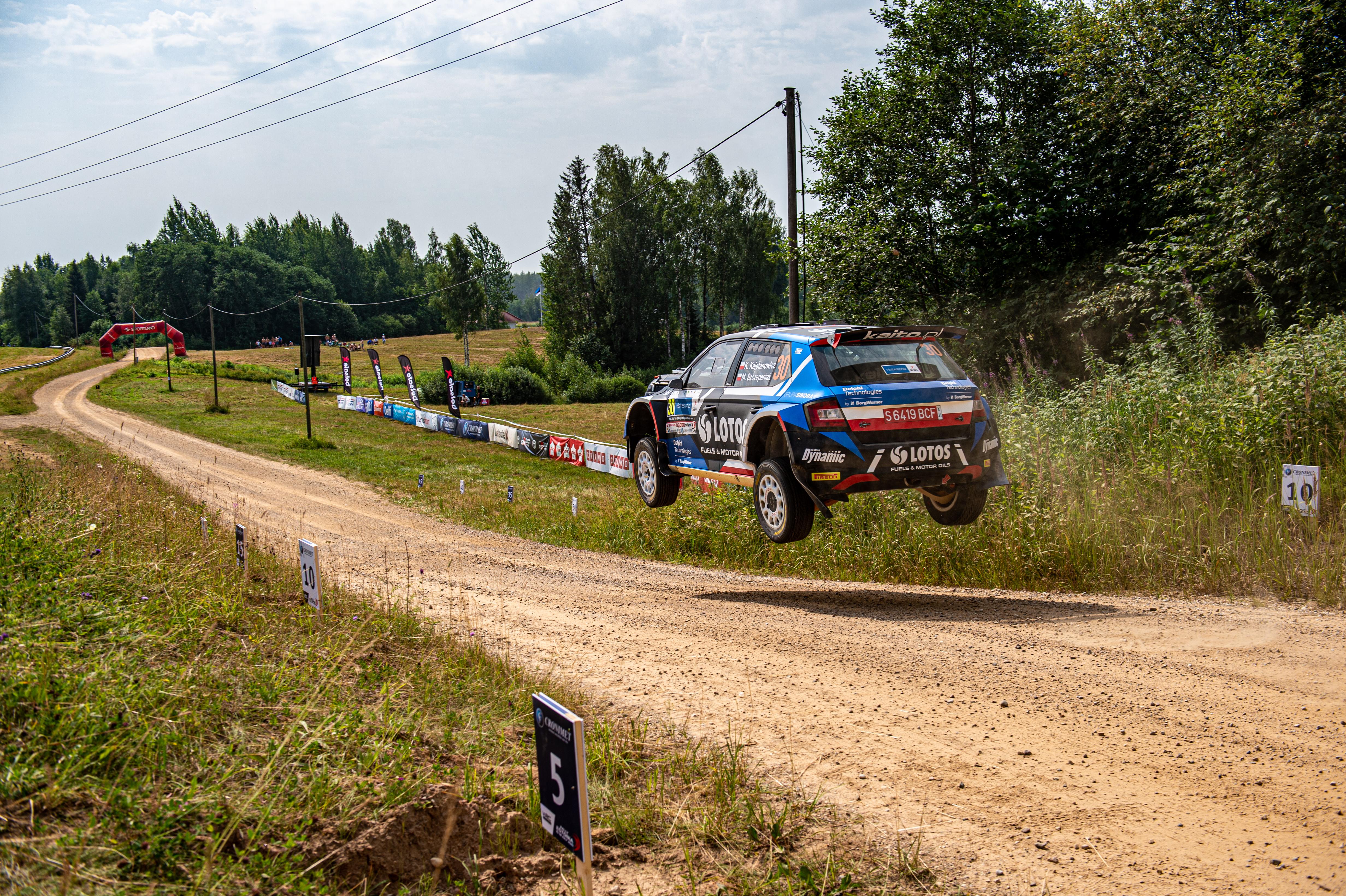 SKODA crews win WRC2 and WRC3 at Rally Estonia - Image 4