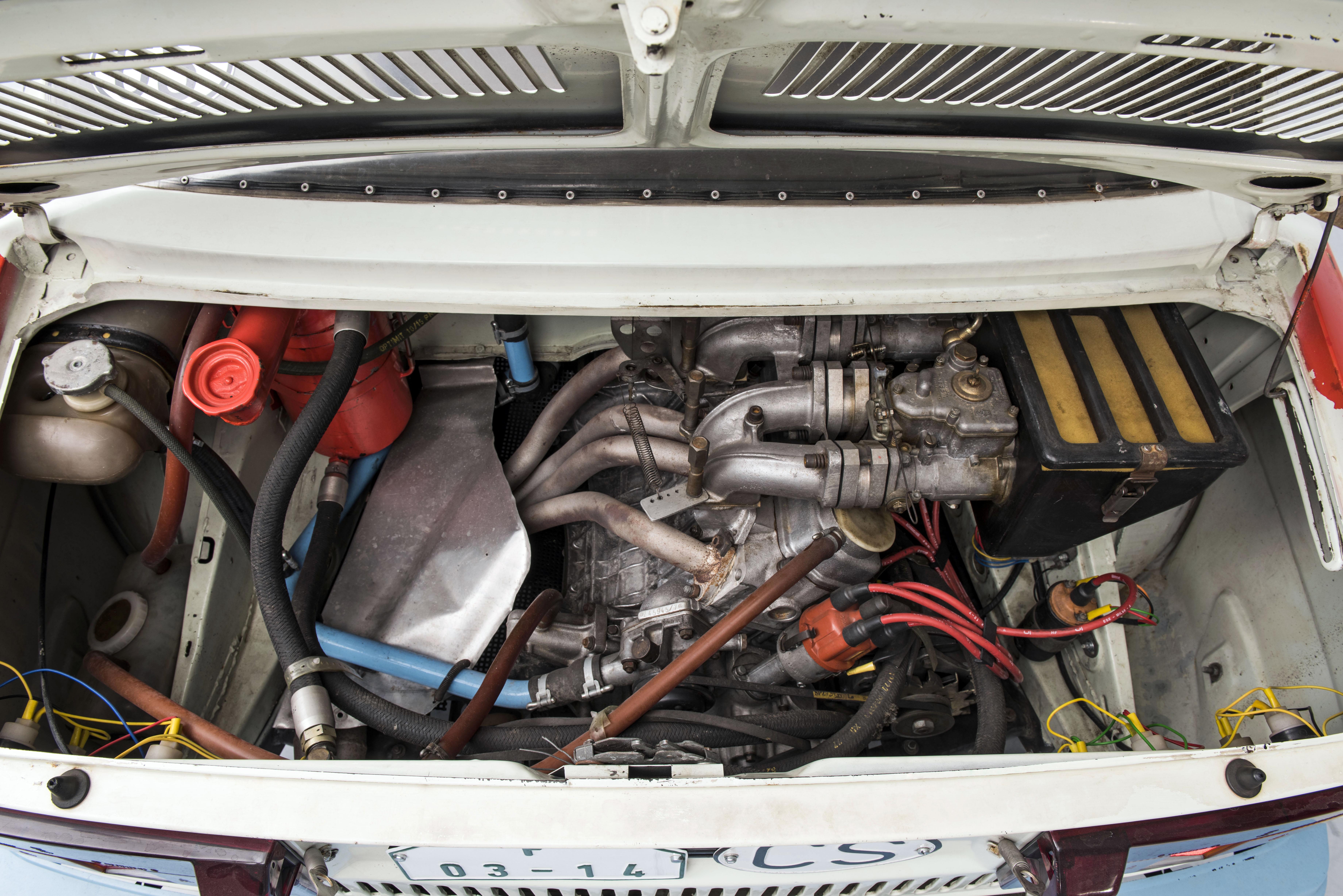 SKODA 130 LR (1984): Last motorsport model from Mladá Boleslav with rear-mounted engine - Image 2