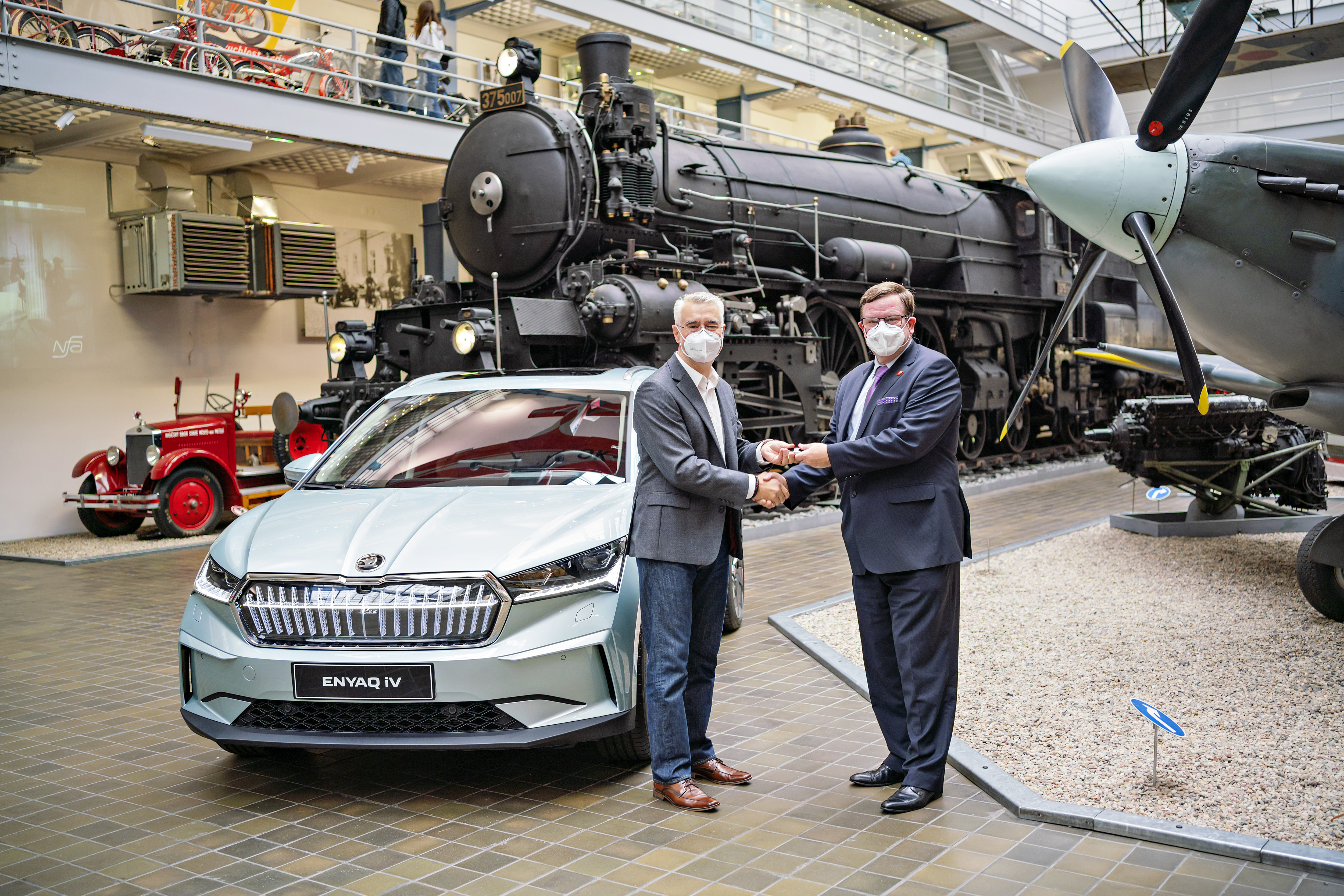 First SKODA ENYAQ iV manufactured in Czech Republic presented to National Technical Museum - Image 3